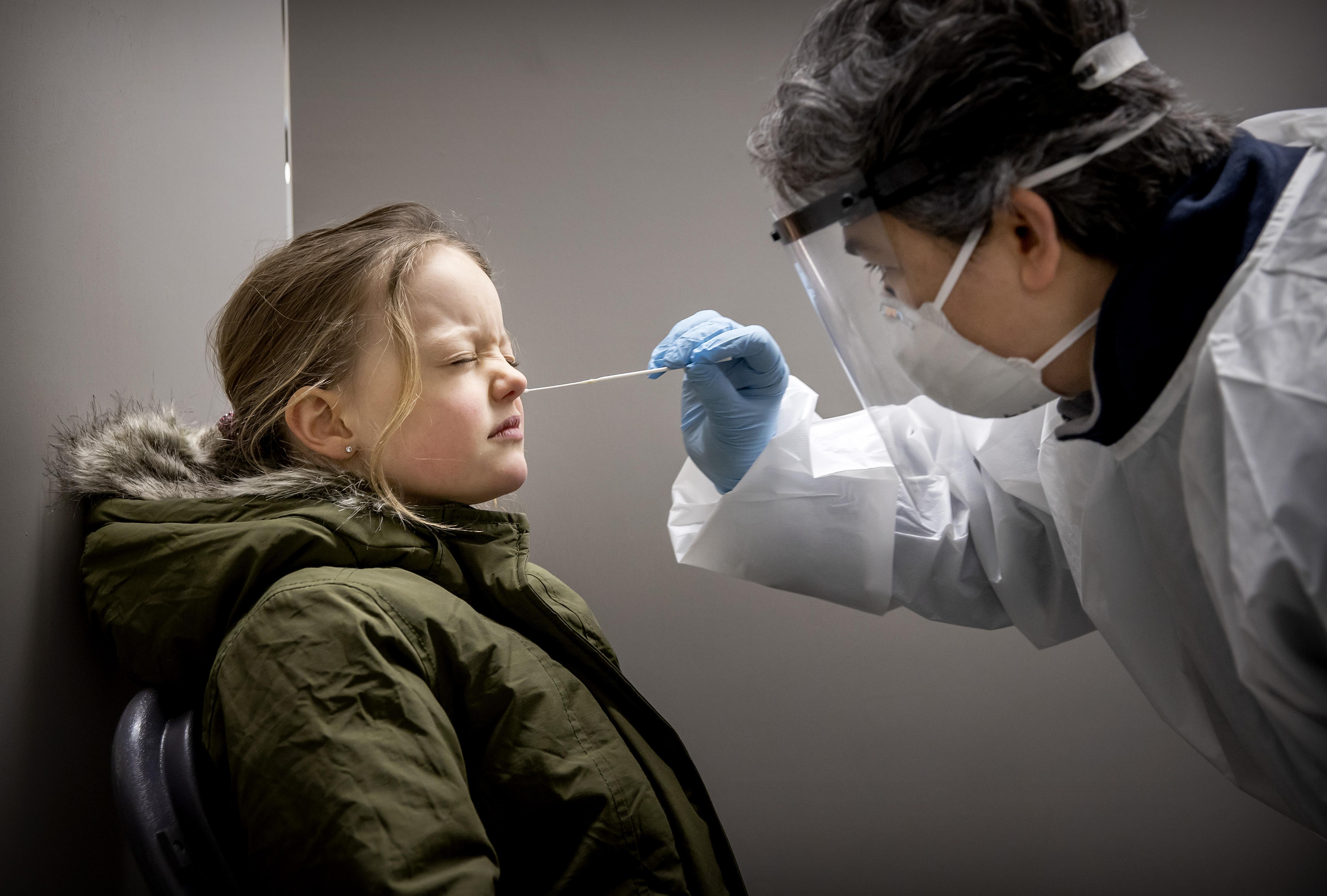 Coronacijfers vrijdag: Aantal besmettingen in Haarlemse regio ligt rond niveau van drie weken geleden