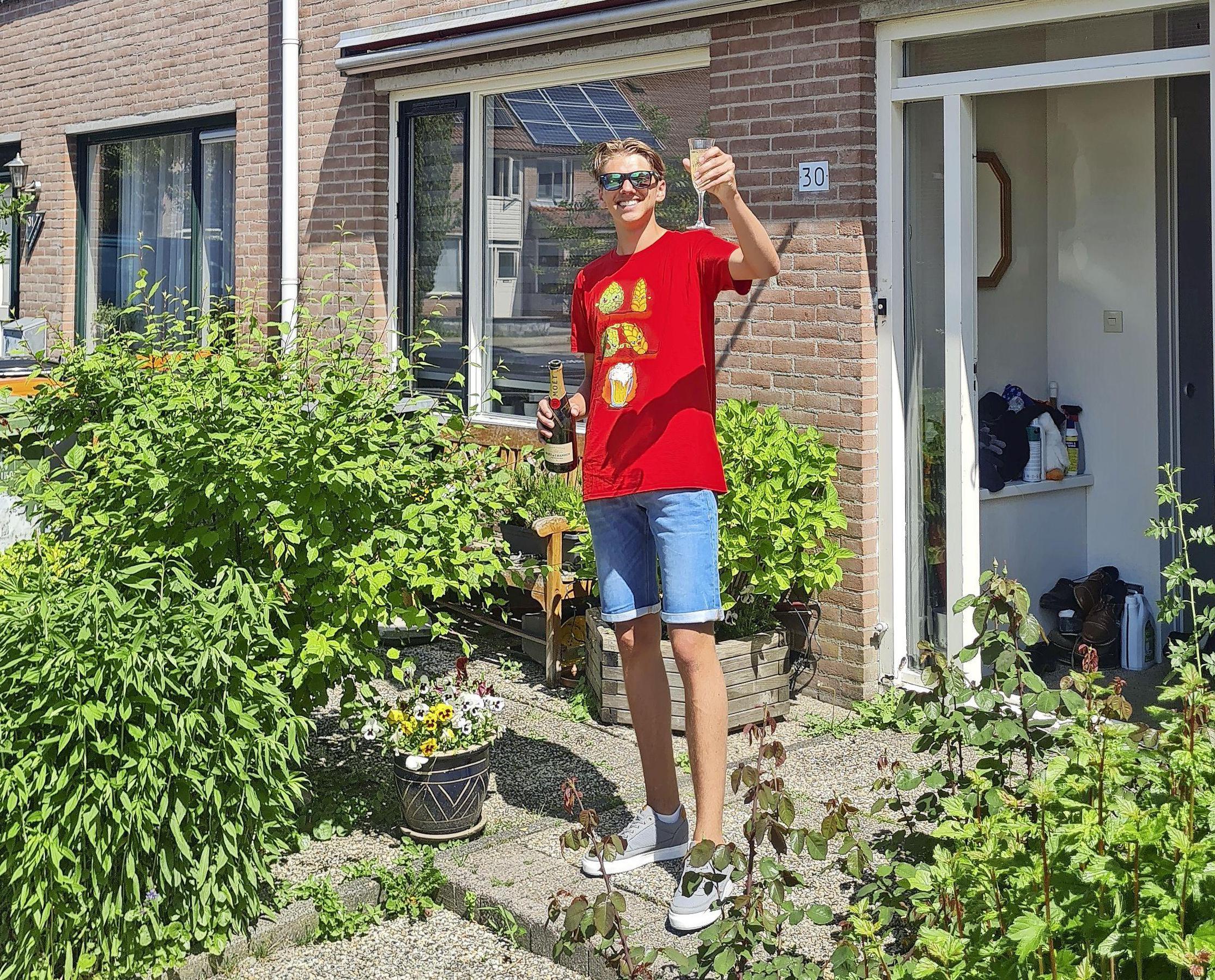 Het was billenknijpen voor afstuderend West-Friesland. Deze week kregen de eindexamenkandidaten te horen of ze geslaagd waren