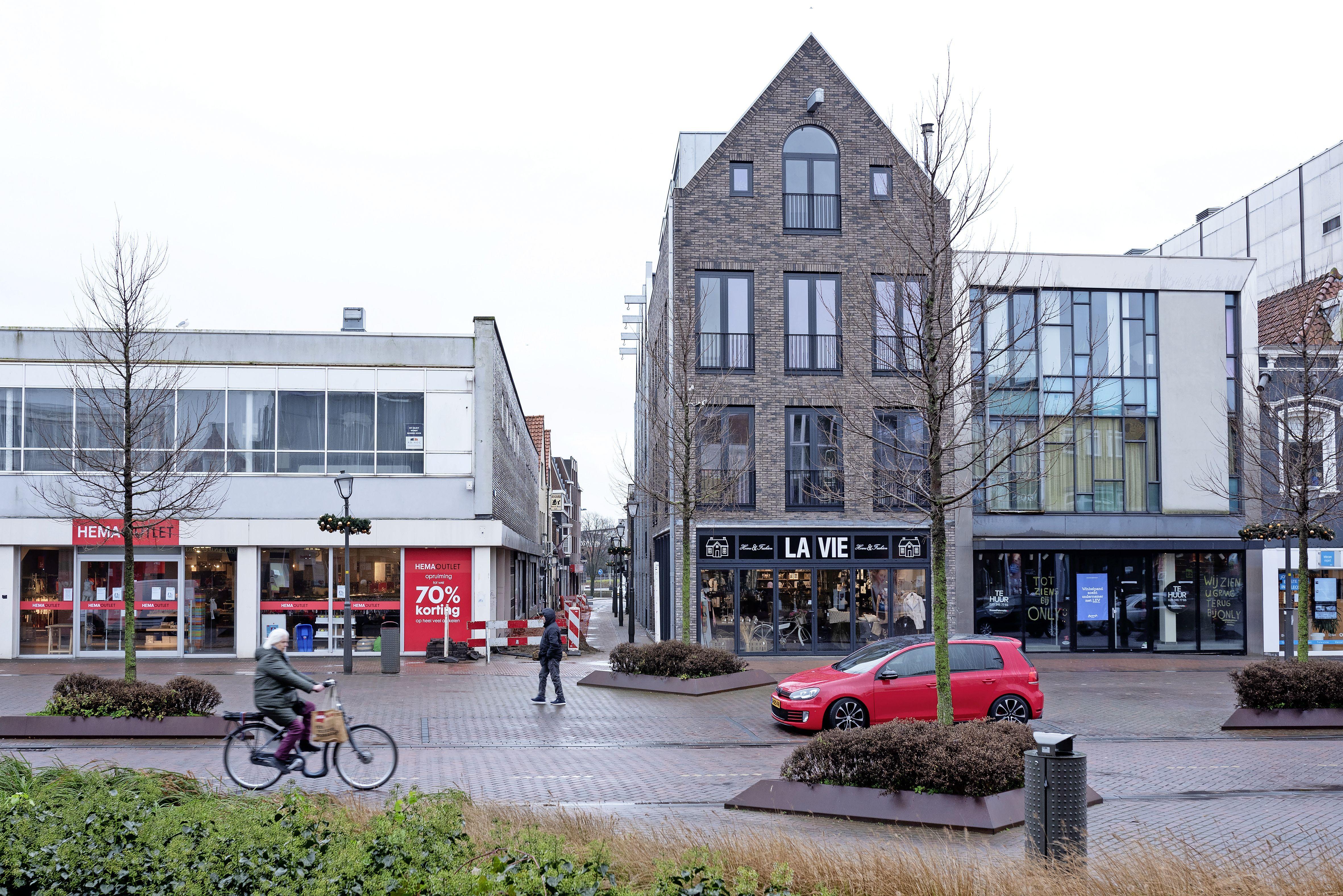 Passantencijfers in coronatijd: het werd stil op straat, maar in Beverwijk lang niet zo stil als elders. Hoe kan dat?