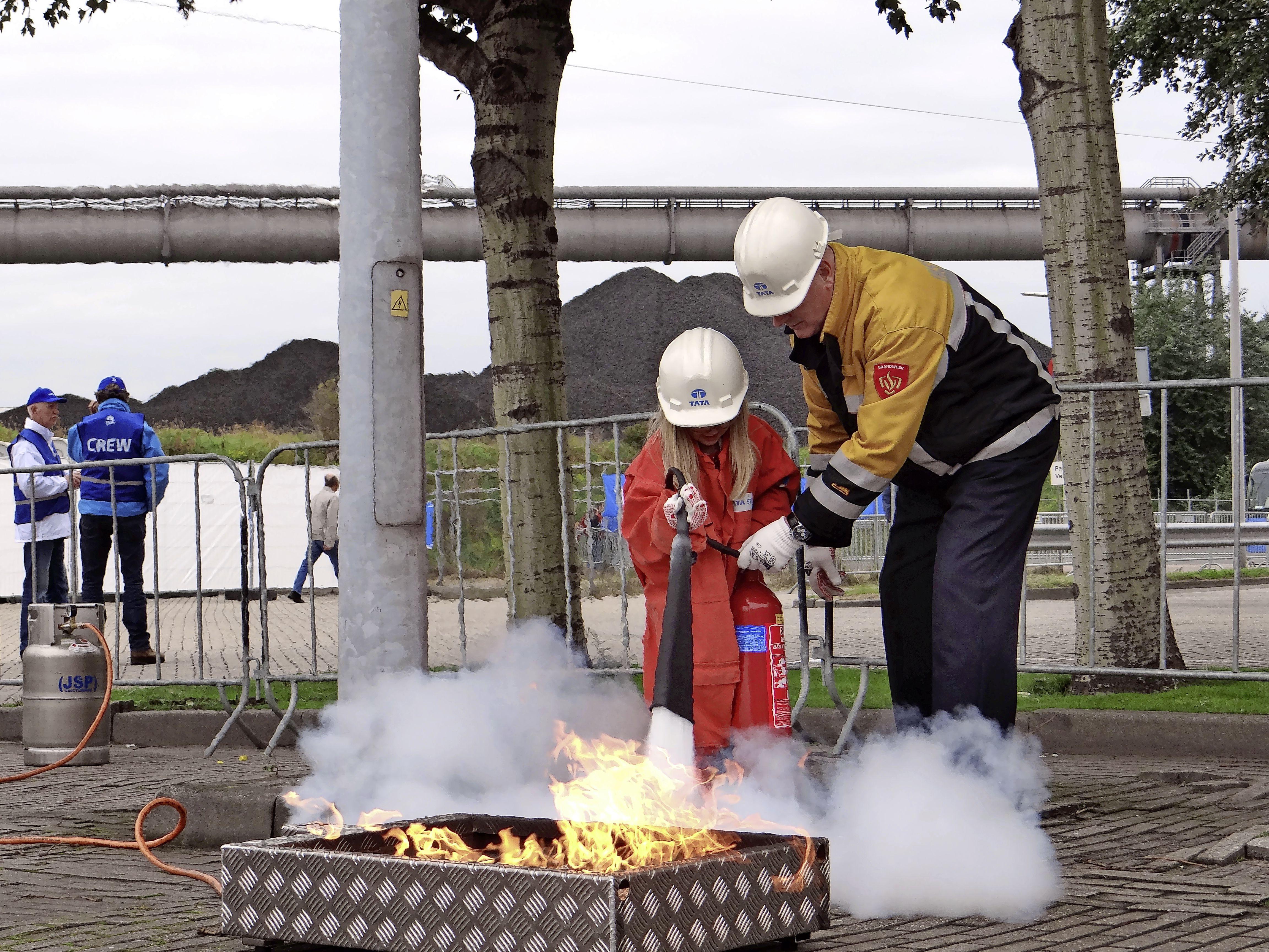 Tata Steel-kantoren schenden brandveiligheid 192 keer; reden voor een historisch hoge dwangsom van 2,4 miljoen euro