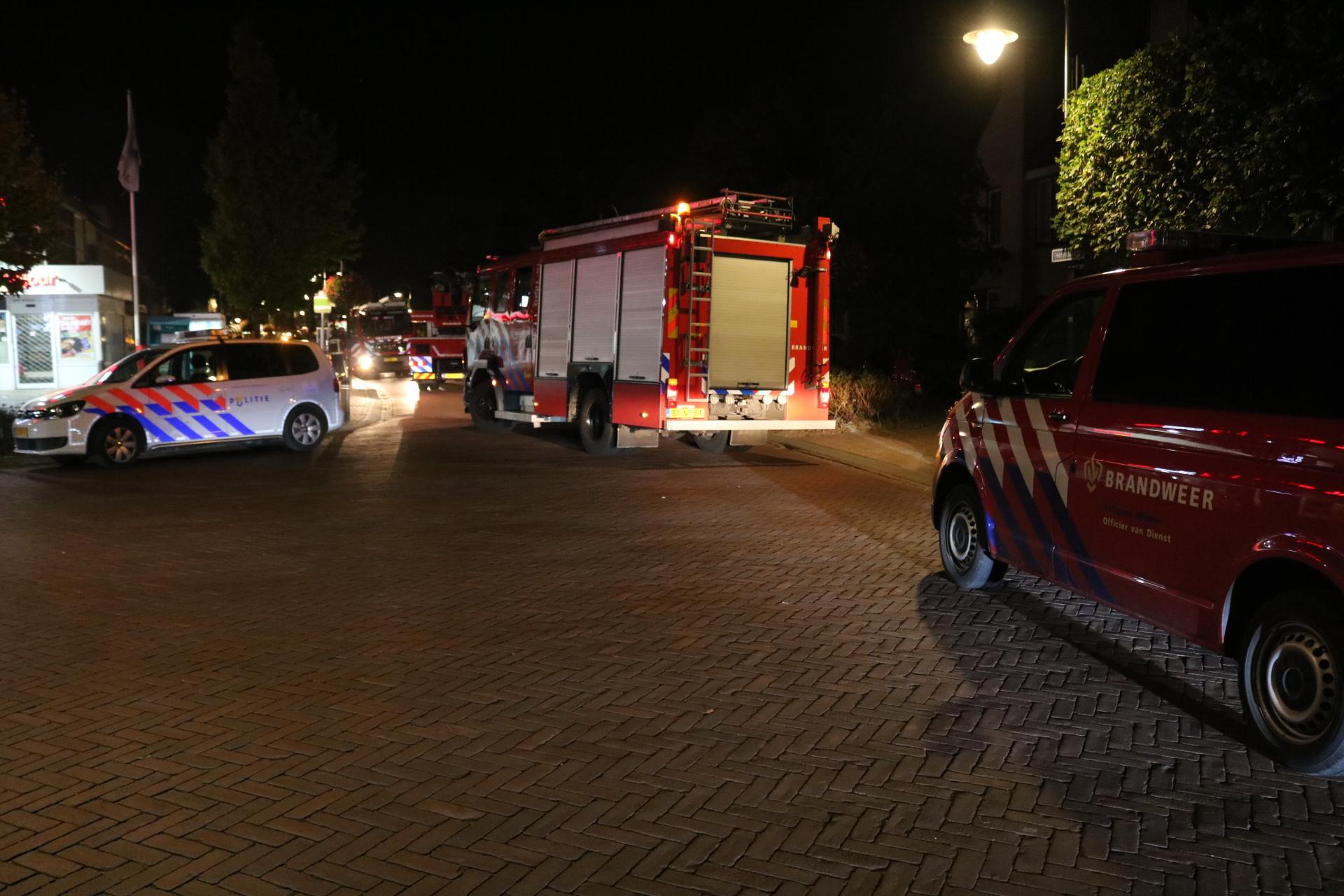 Brandweer groots uitgerukt voor brand in stomerij aan Herenstraat in Voorhout