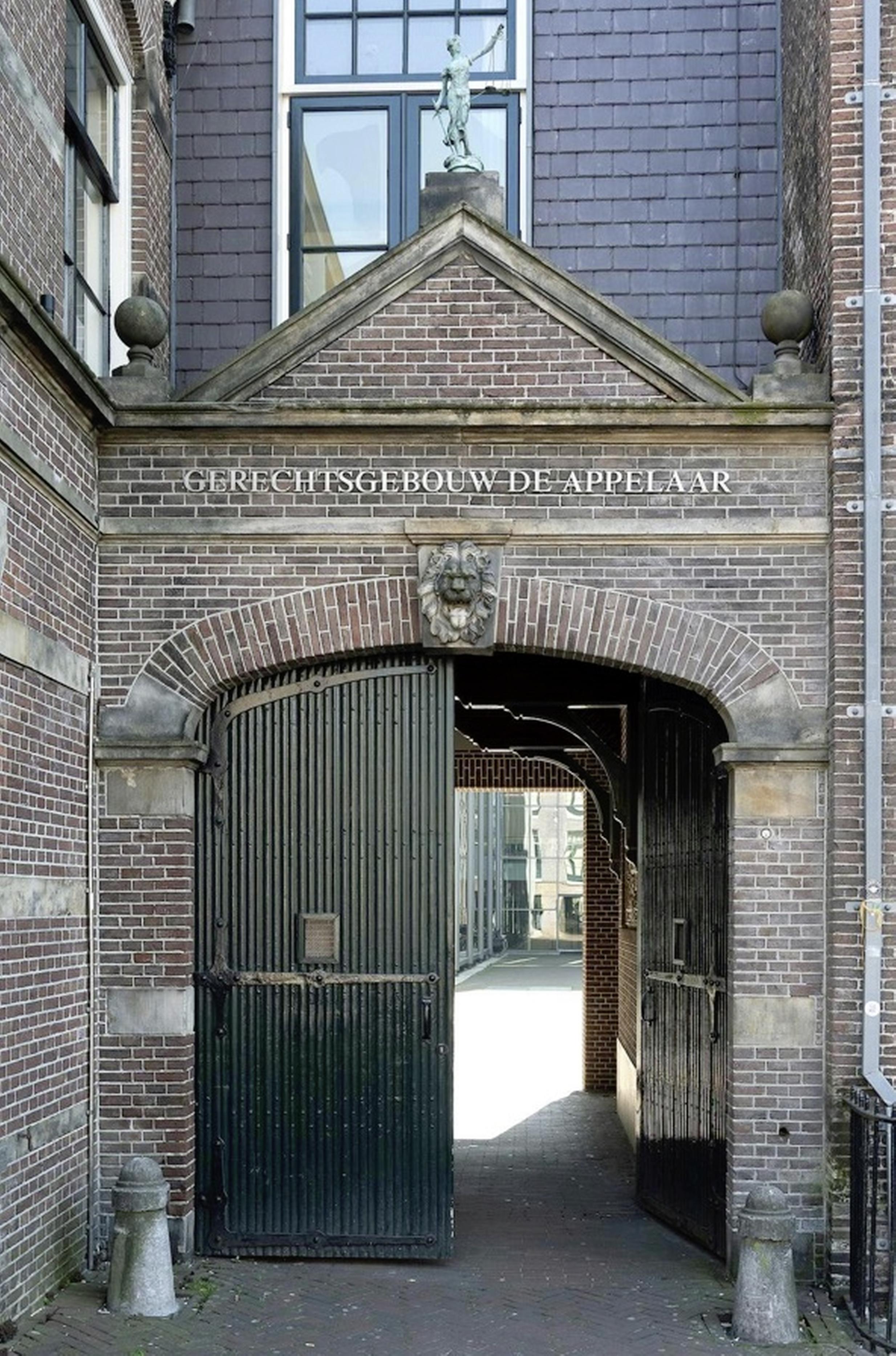 Haarlemmer (65) vrijgesproken van verkrachting jonge buurvrouw, onvoldoende bewijs voor veroordeling