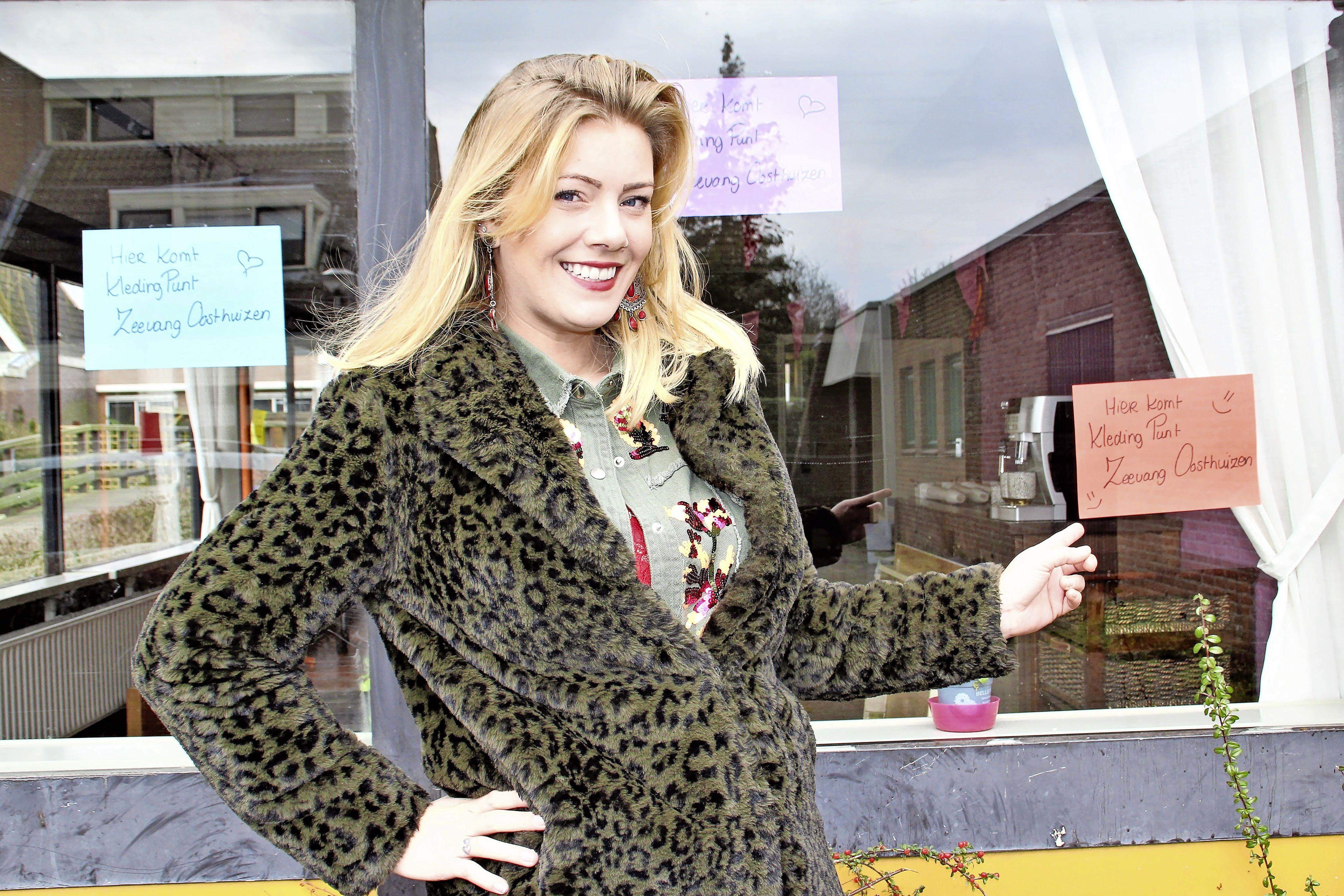 Slapeloze nachten voorbij voor Adinda van Oorschot; KledingPUNT Oosthuizen heeft nieuw onderdak en krijgt 'Villa Kakelbontkleuren'