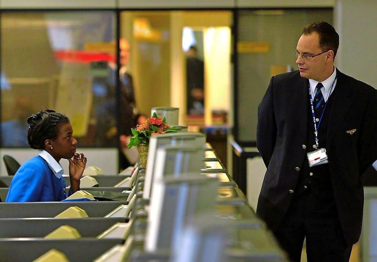 Bond cabinepersoneel bezorgd over vluchten naar VK en gaat in gesprek met KLM