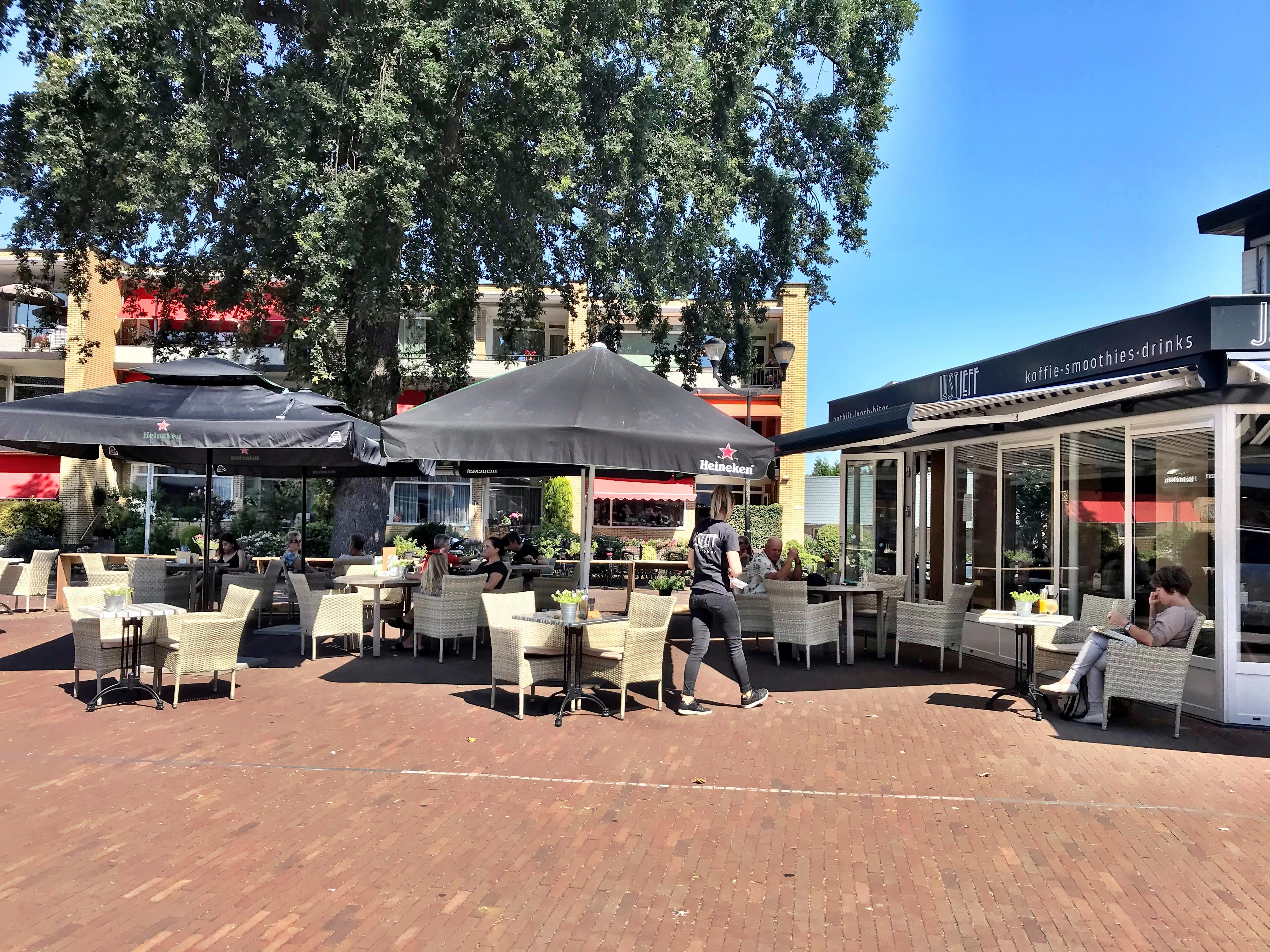 Terrassentest: Bij Just Jeff in Soest lunch je eigentijds, maar is er ook (een beetje) ruimte voor de vleeseter