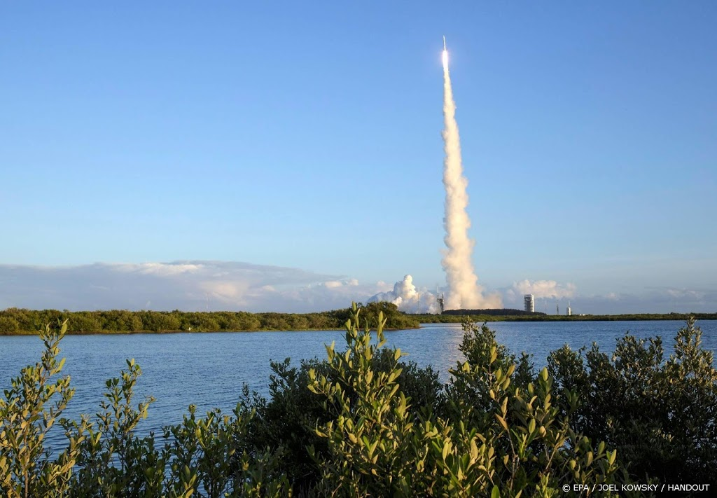 Amerikanen nemen stukje ruimterots mee naar huis