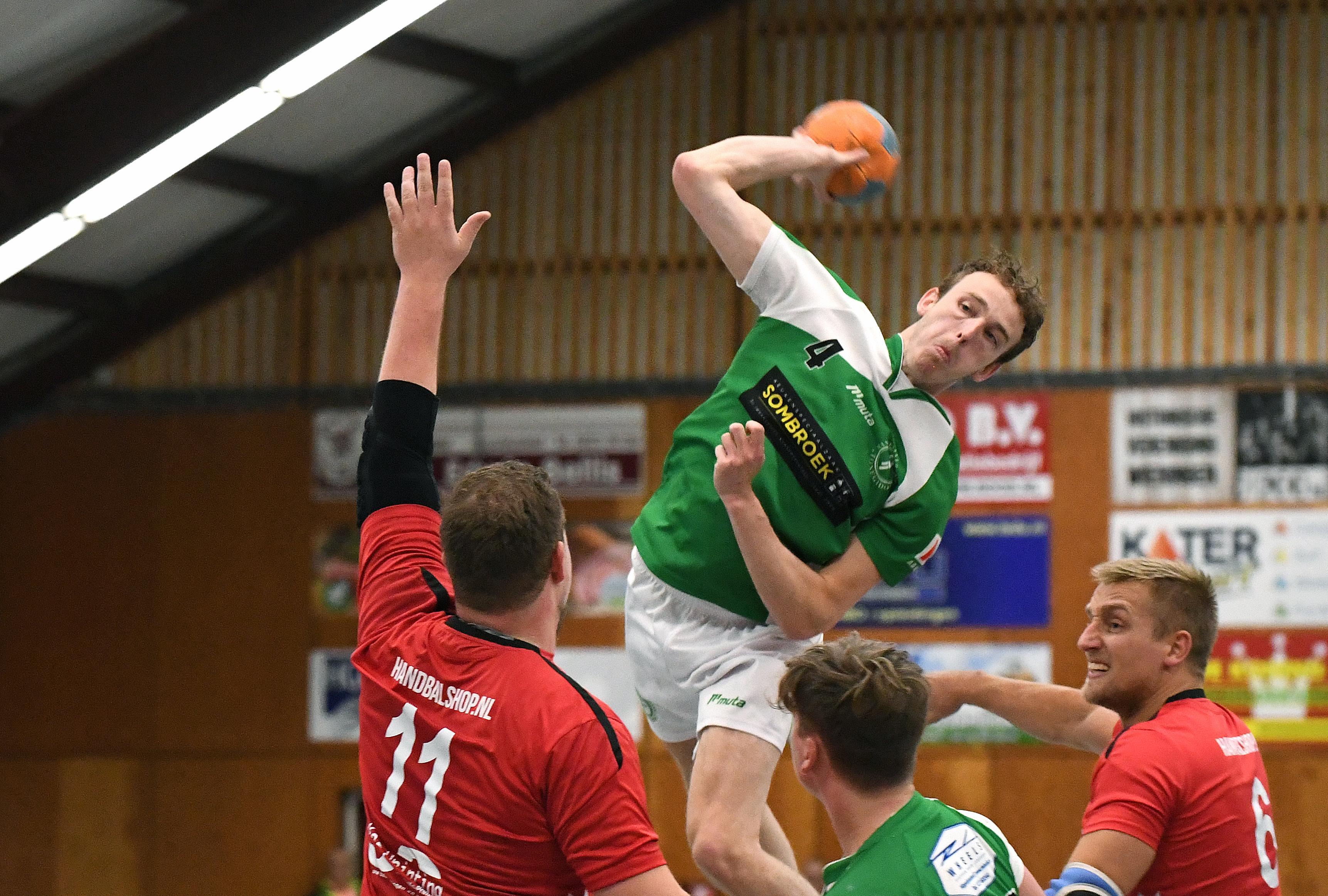 Handballers krijgen geen bres in verdediging van Witte Ster: 'We missen veel open kansen en daar kom je hier niet mee weg'