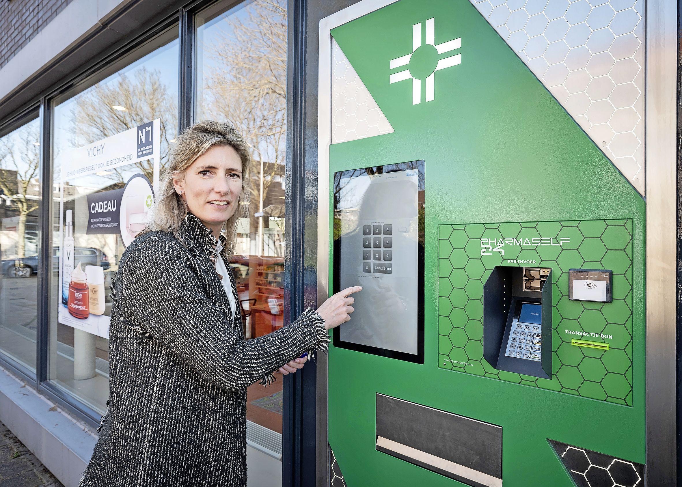 Op elk gewenst tijdstip vervolgmedicijnen halen, de automaat van apotheek 't Sant in Santpoort-Noord is in gebruik genomen