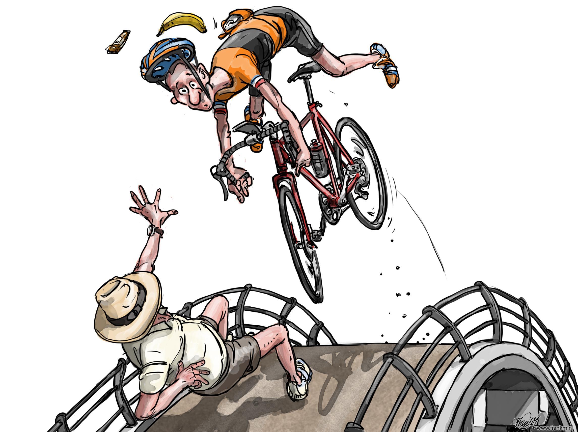 Teleurstelling onder wielrenners; geen colletje in de derde categorie beklimmen in Vreeland; gemeente sluit gevaarlijk steile brug af | Muntjewerf