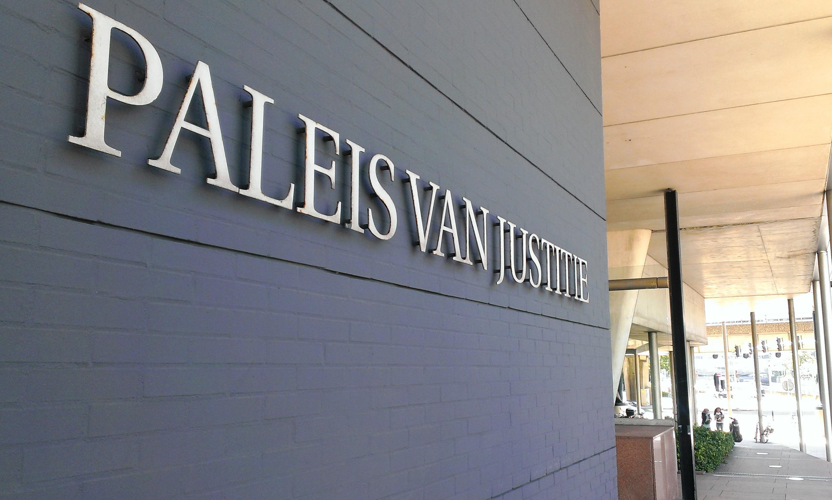 Lage celstraf voor derde verdachte in afpersingszaak Leidse asielzoeker