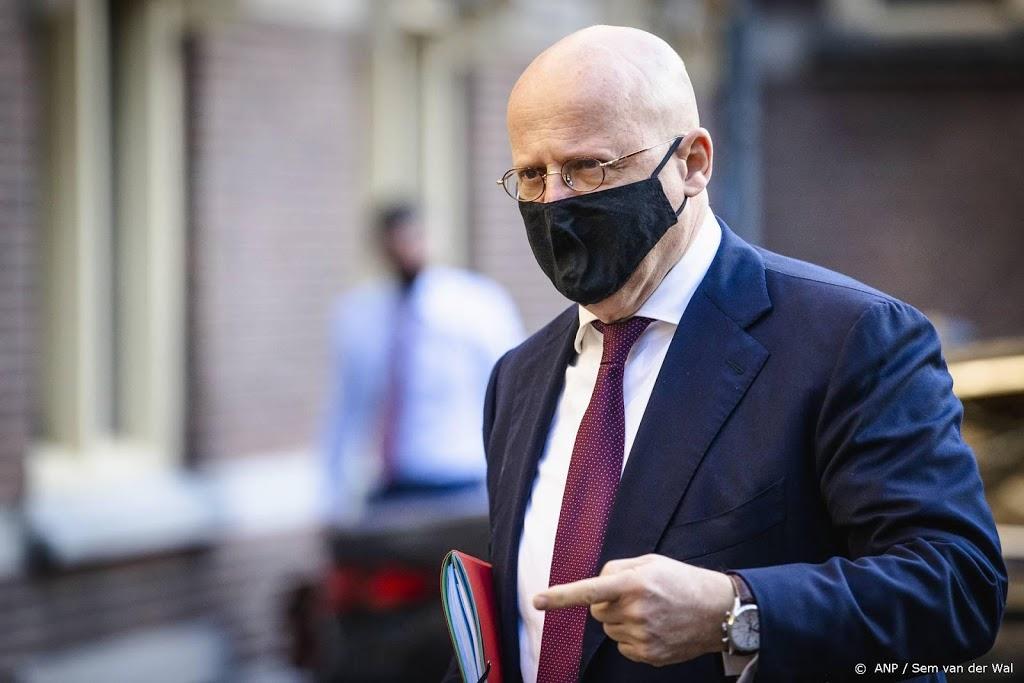 Grapperhaus blij met uitspraak hof, avondklokboetes blijven staan