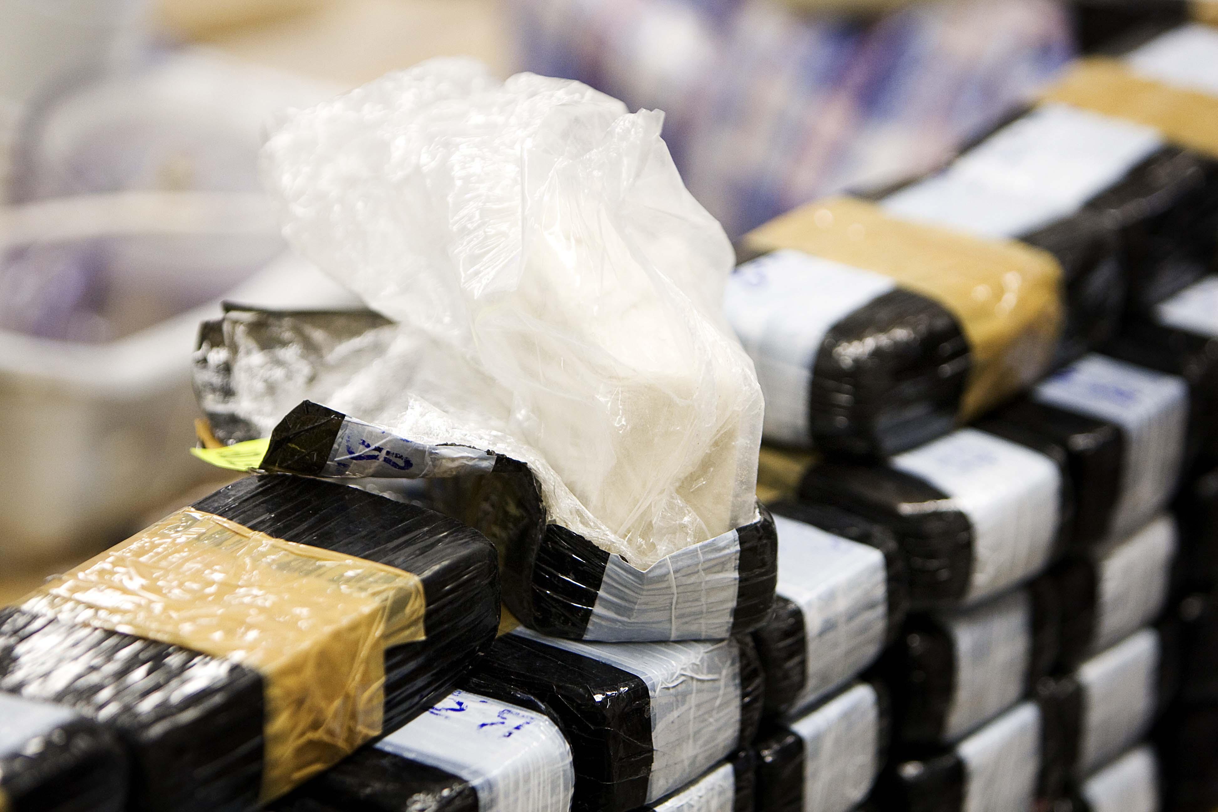 Doorzoeking in onder meer Soesterberg leidt tot aanhoudingen van 'top van de Utrechtse drugshandel'