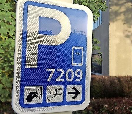Adviseert Leiden automobilisten om hun auto in Leiderdorp te parkeren? 'Een heel bijzonder verhaal'