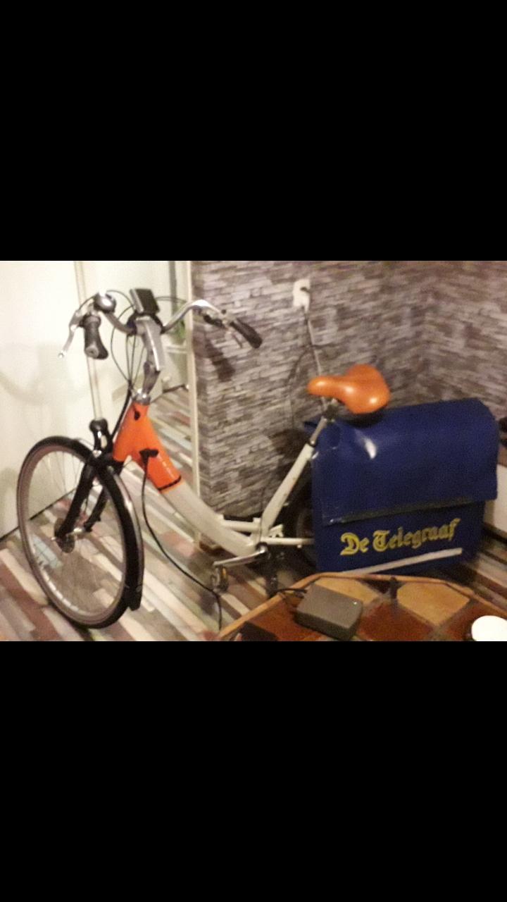 IJmuidense krantenbezorger voor tweede keer van fiets bestolen