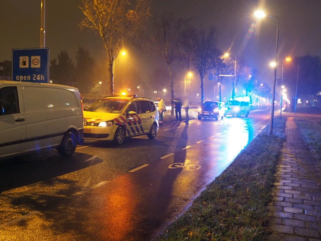 Fietsster gewond bij ongeval met busje in Velserbroek