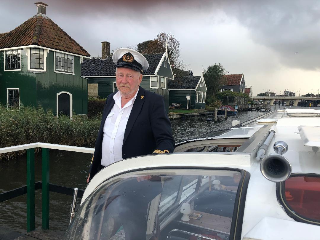 Ale Boonstra (73) viert 60-jarig jubileum op het water: 'Aan wal kan ik niet leven'