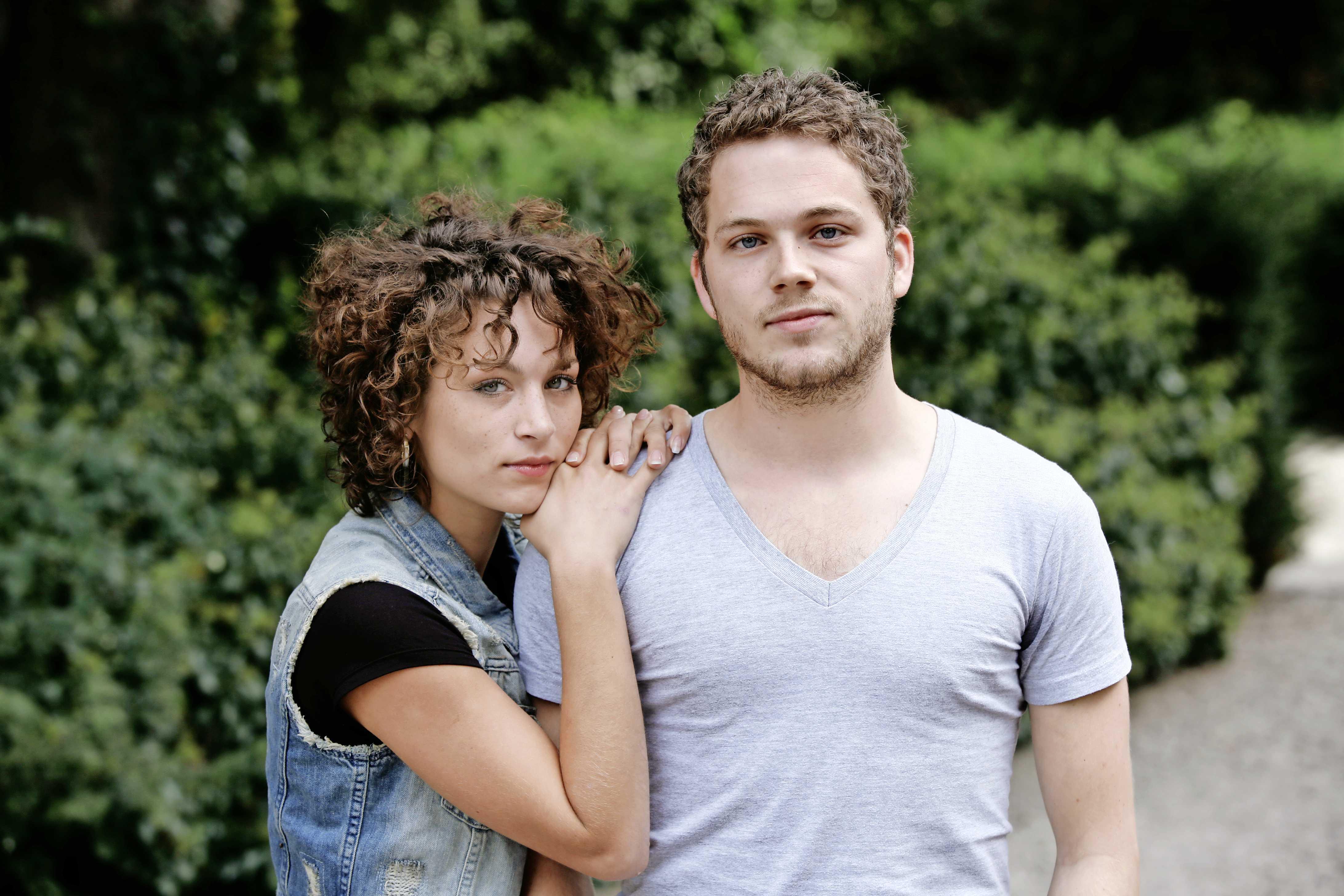 online dating Plaatsvervanger Fake mannelijke profielen op dating sites