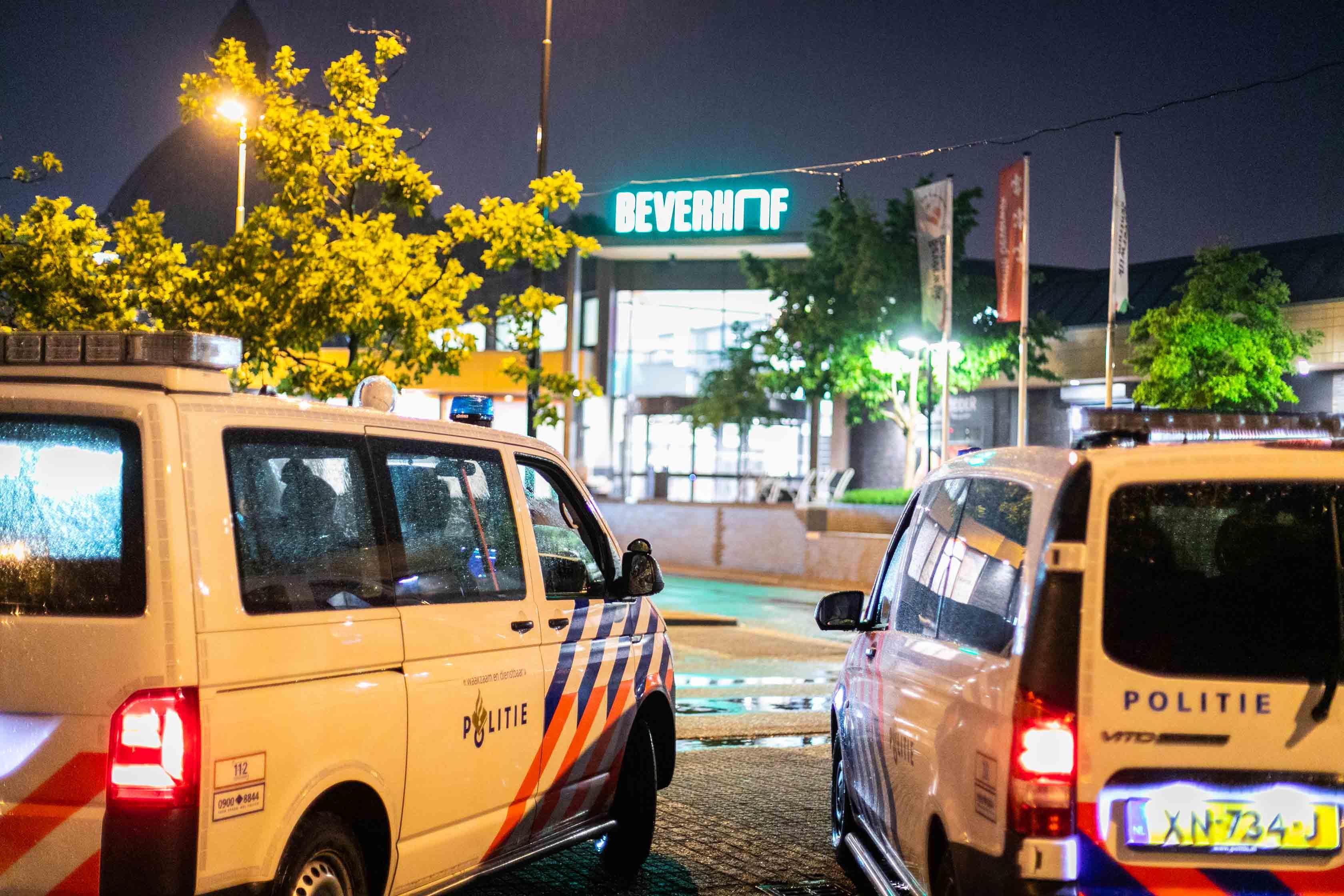 Inbraak in winkelcentrum De Beverhof in Beverwijk, niemand aangehouden
