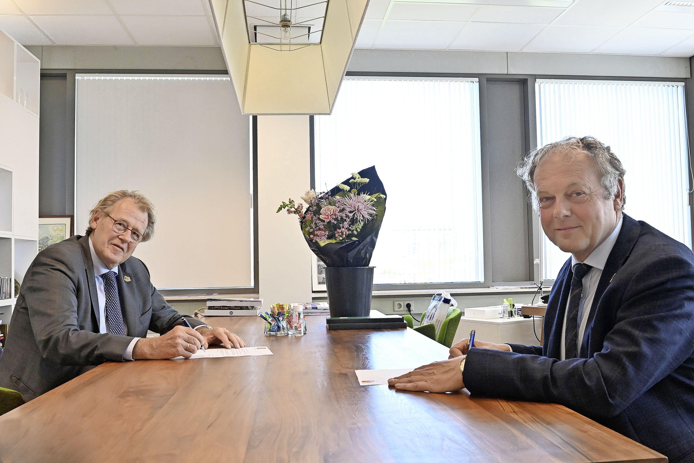 Burgemeester Henri Lenferink van Leiden begint aan vierde termijn