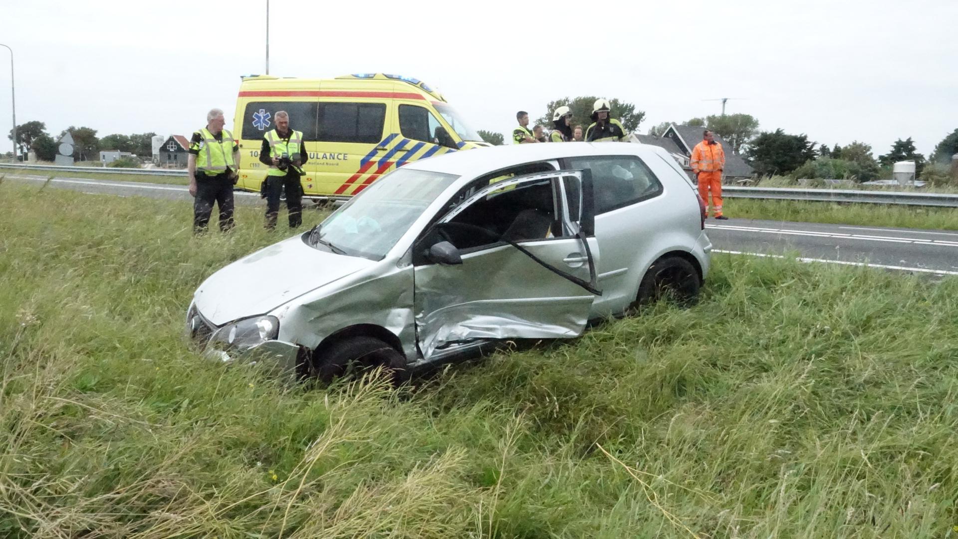 Twee gewonden en N9 dicht door ongeluk bij Schoorl