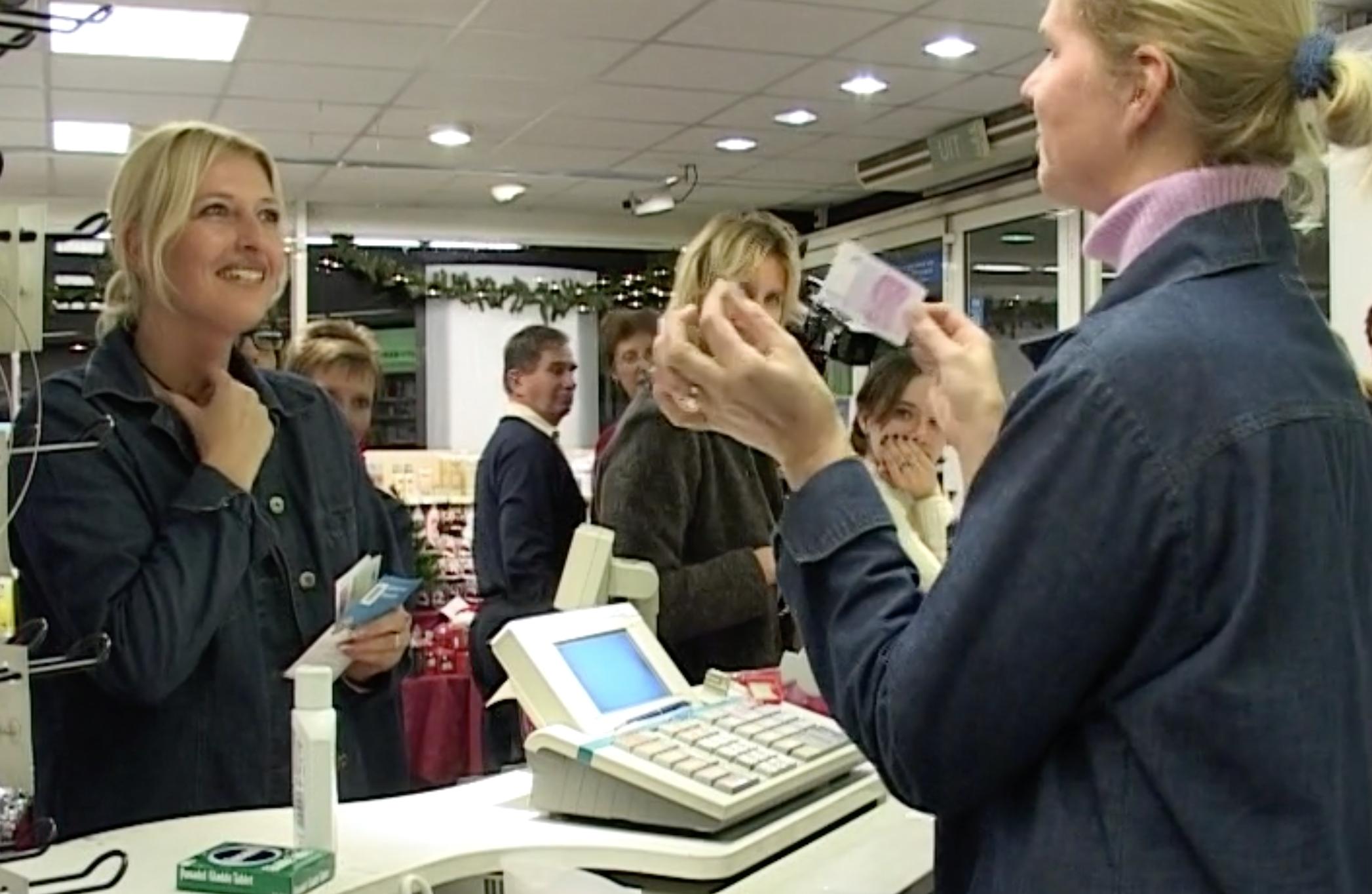Bewegend Verleden: oefenen met de euro, 2001 [video]