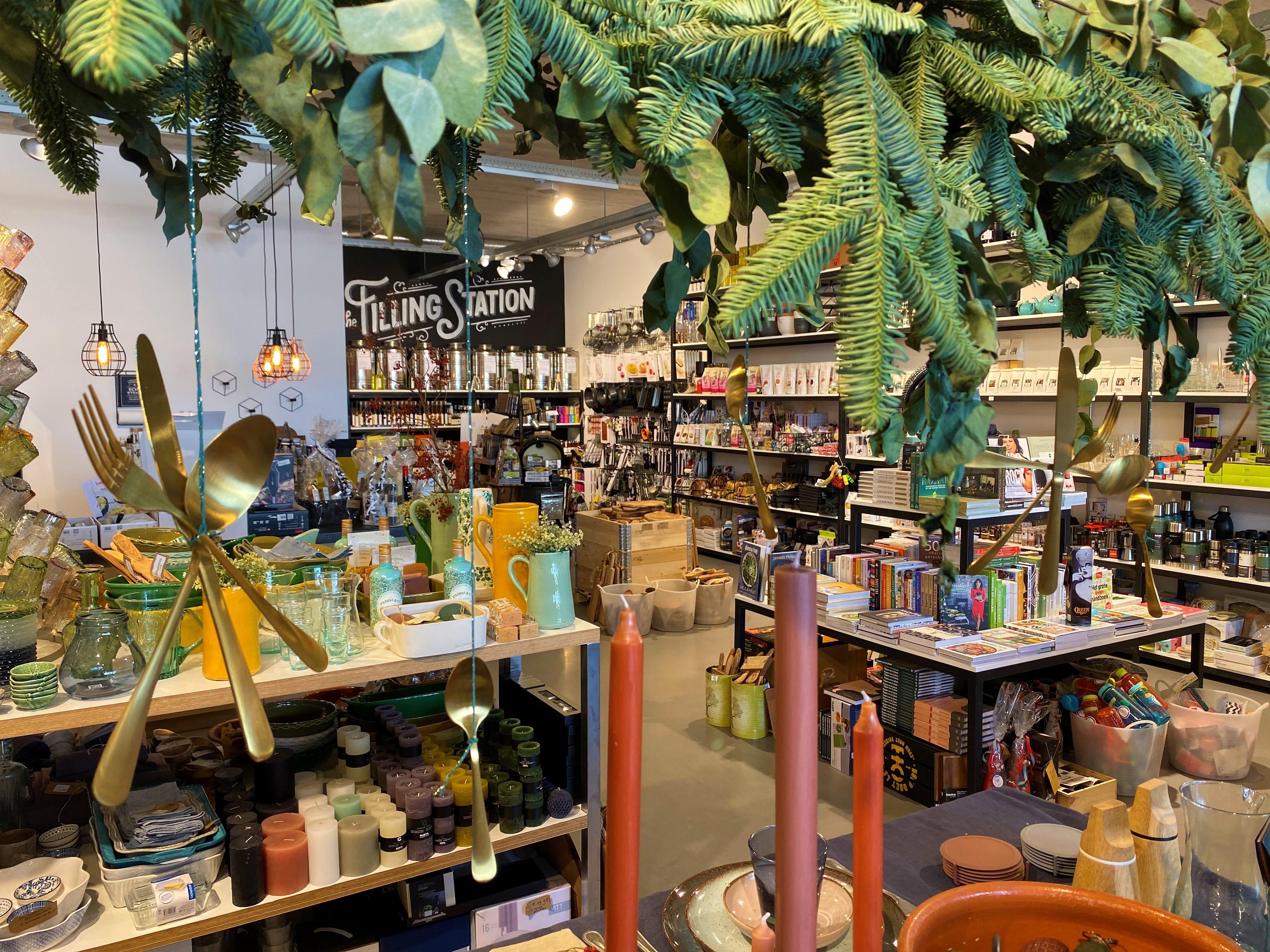 'Shop Zaans' en kom vroeg dit jaar, zeggen winkeliers uit de Zaanstreek