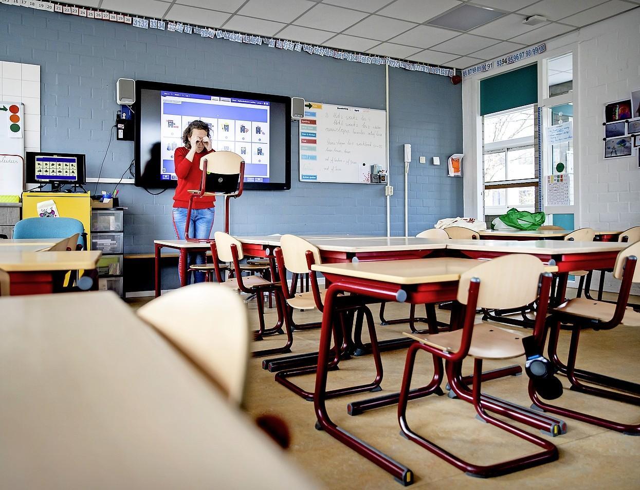 Alkmaarse scholen en horeca zetten zich schrap voor het dreigende code oranje. 'We kijken naar een onzichtbaar spook'