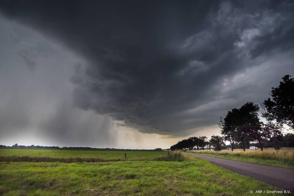 Code oranje van kracht in groot deel Nederland wegens onweer