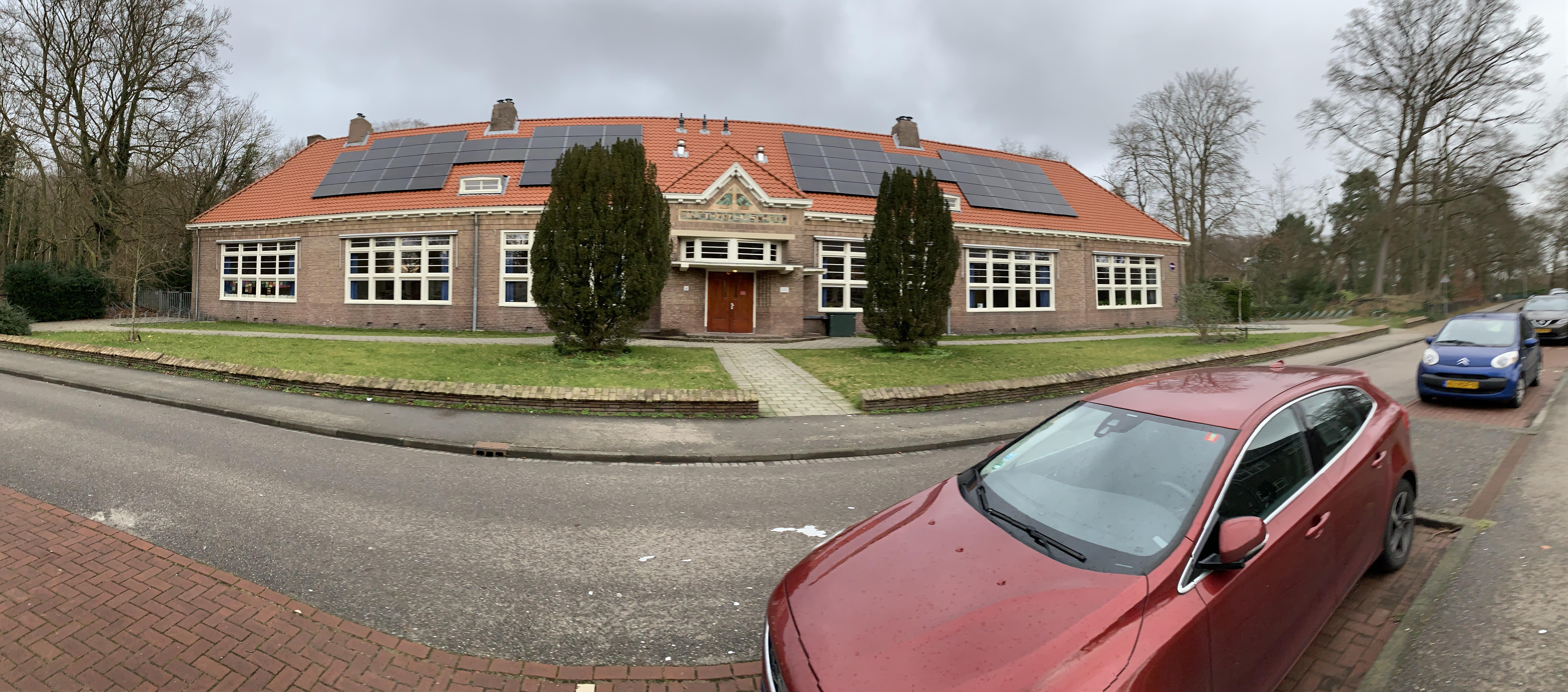Buurtvereniging Bloemendaal-Noord wil rel met Theresiaschool sussen
