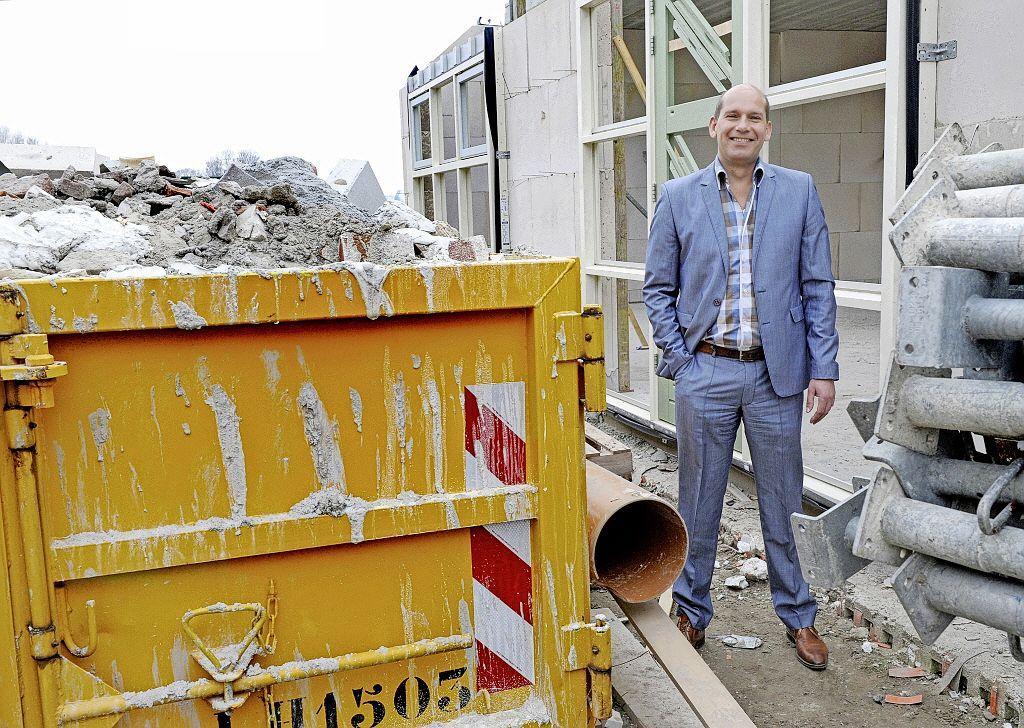 Als er geen hotel en extra horeca op Willemsoord mogen komen, krijgt de gemeente een rekening van ontwikkelaar Kees Jan Tuin. 'Als je Ronald Koeman de laan uitstuurt, gaat dat ook niet gratis'