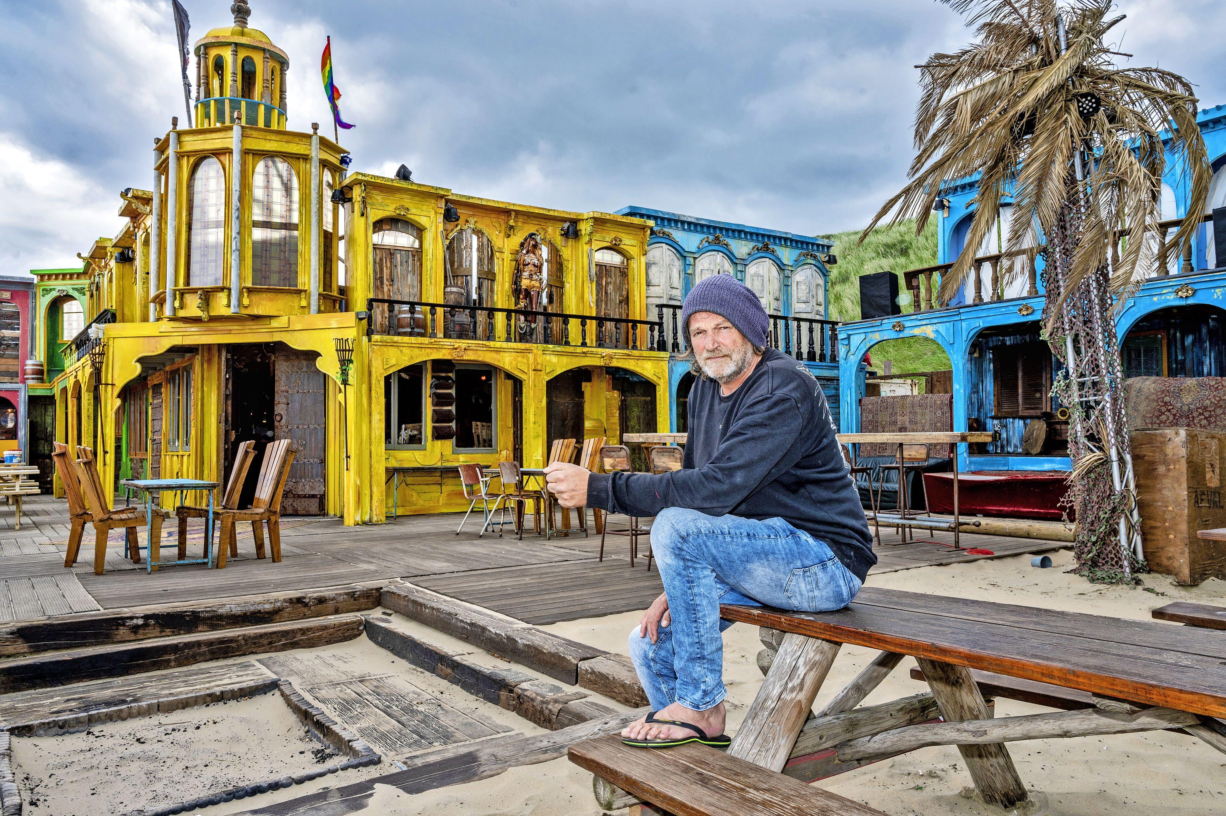 Ondernemer-filosoof Steef Molenaar van Woodstock loopt op teenslippers: 'Ik ben nog steeds niet klaar met mijn droom'