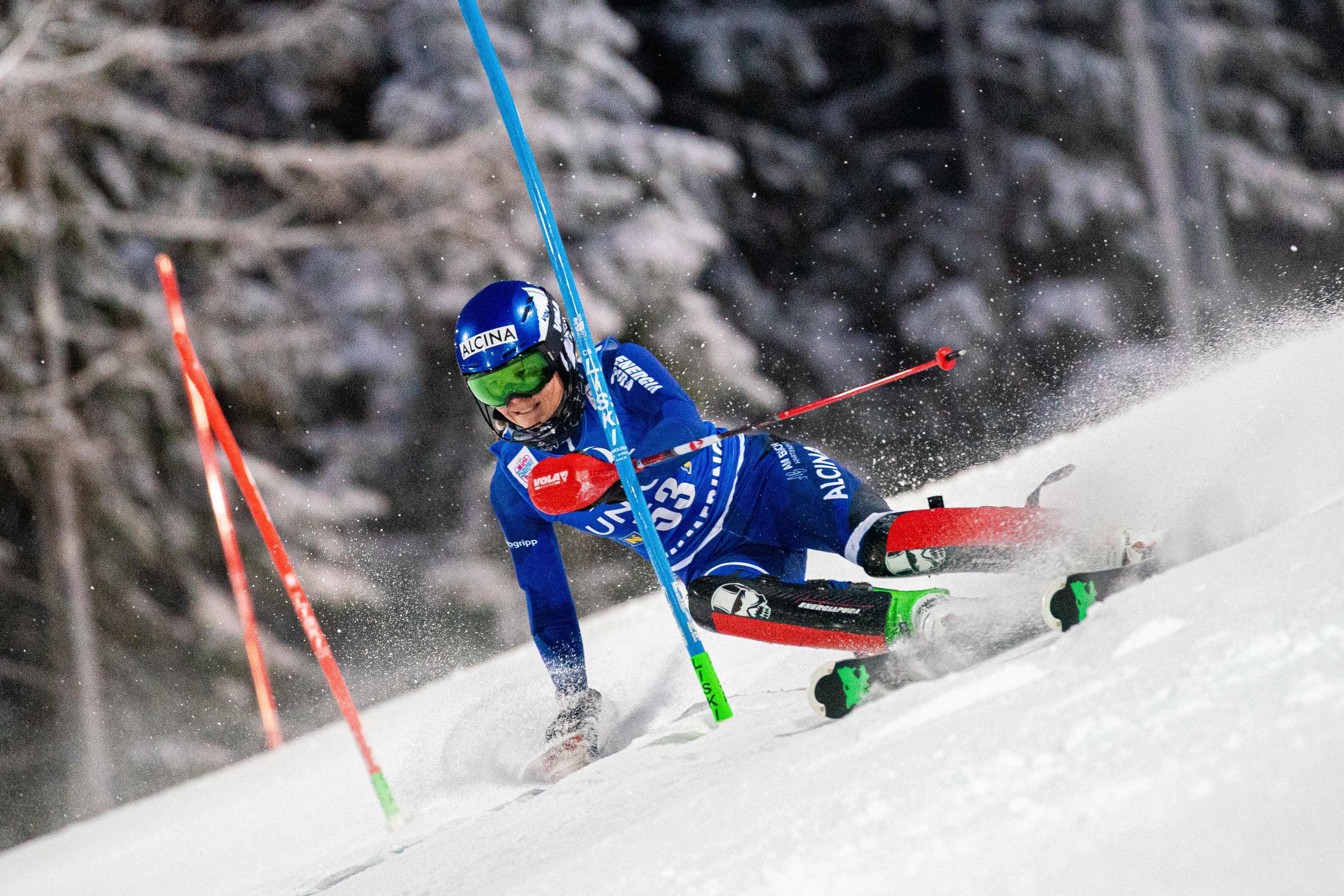 Van de hemel in de hel: droomweekeinde eindigt voor Oegstgeestse skiester Adriana Jelinkova op brancard