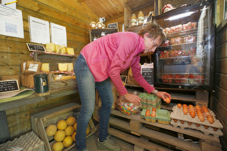 Vijftien cent in het bakje doen in plaats van vijf euro, ergernissen bij de verkoopstalletjes