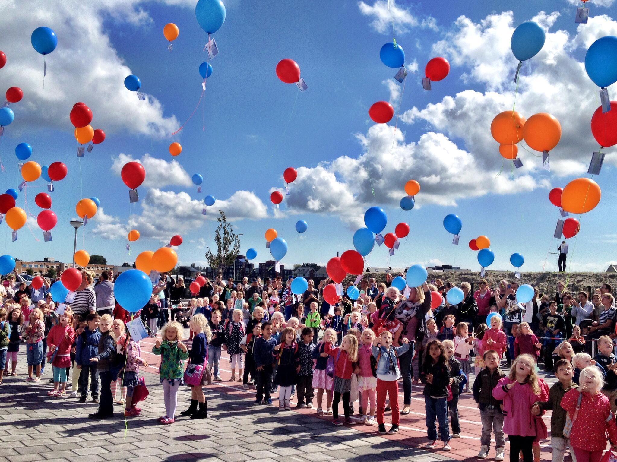 Ballonnen oplaten tijdens een feestje? Dat mag ook niet meer in Bergen, Castricum, Heiloo, Heerhugowaard en Langedijk, behalve in Alkmaar