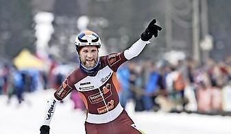Marathonschaatser Jouke Hoogeveen uit Heiloo stopt ermee. 'Ik ben een beetje een coronaslachtoffer'