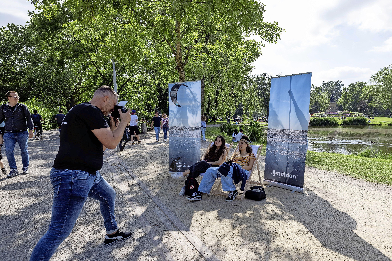 Promotie IJmuiden op volle toeren, dit keer in het Vondelpark en in de lucht