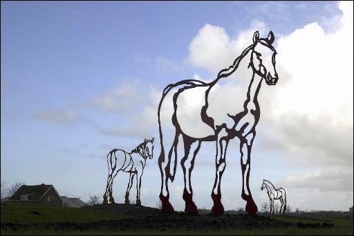 Paardenkunstwerk langs N206 bij Valkenburg gestolen, nog geen spoor van de daders