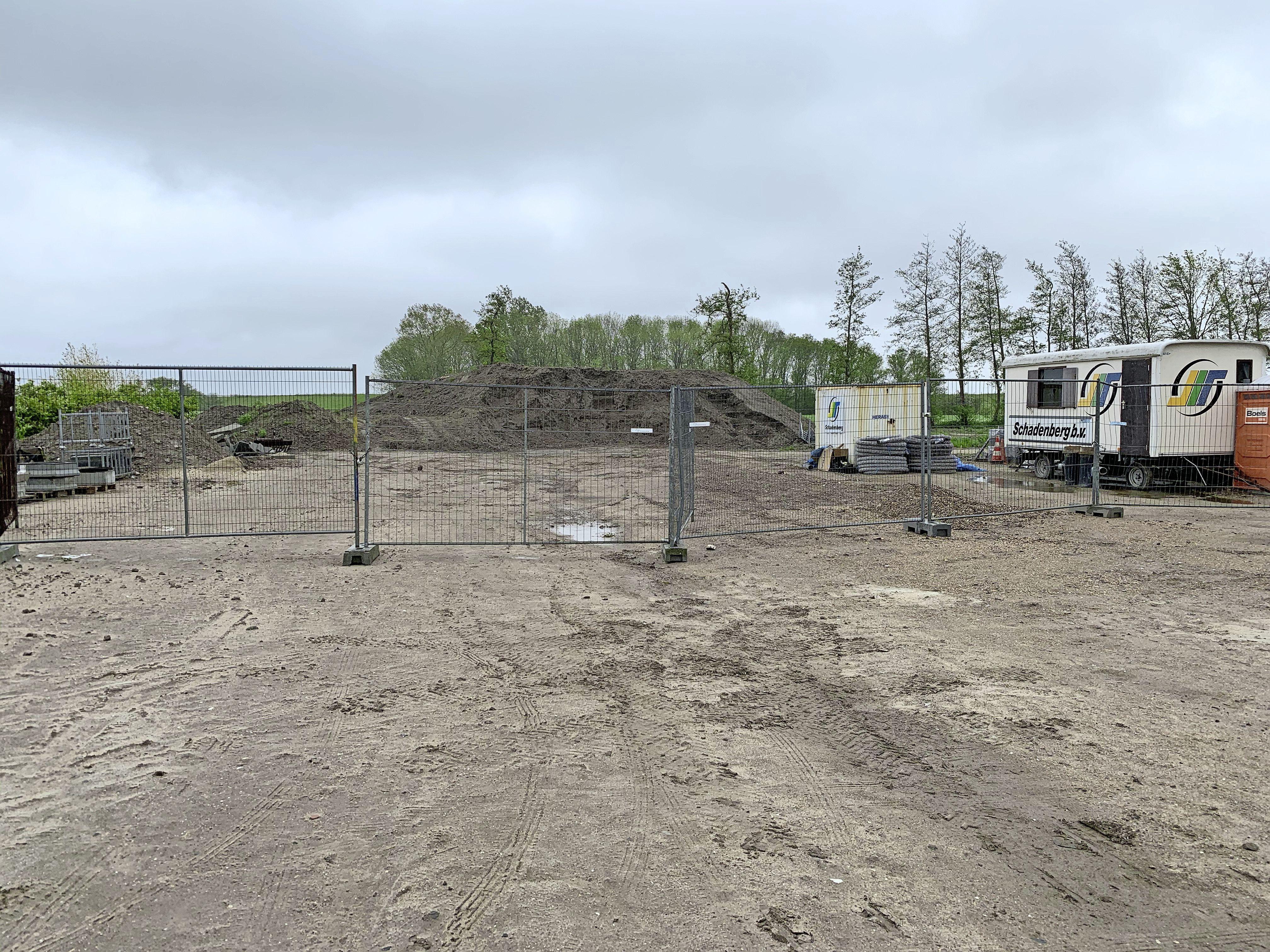 Raadslid: 'Dumpen asfalt op vakantiepark Wijdenes is milieudelict', wethouder belooft onderzoek