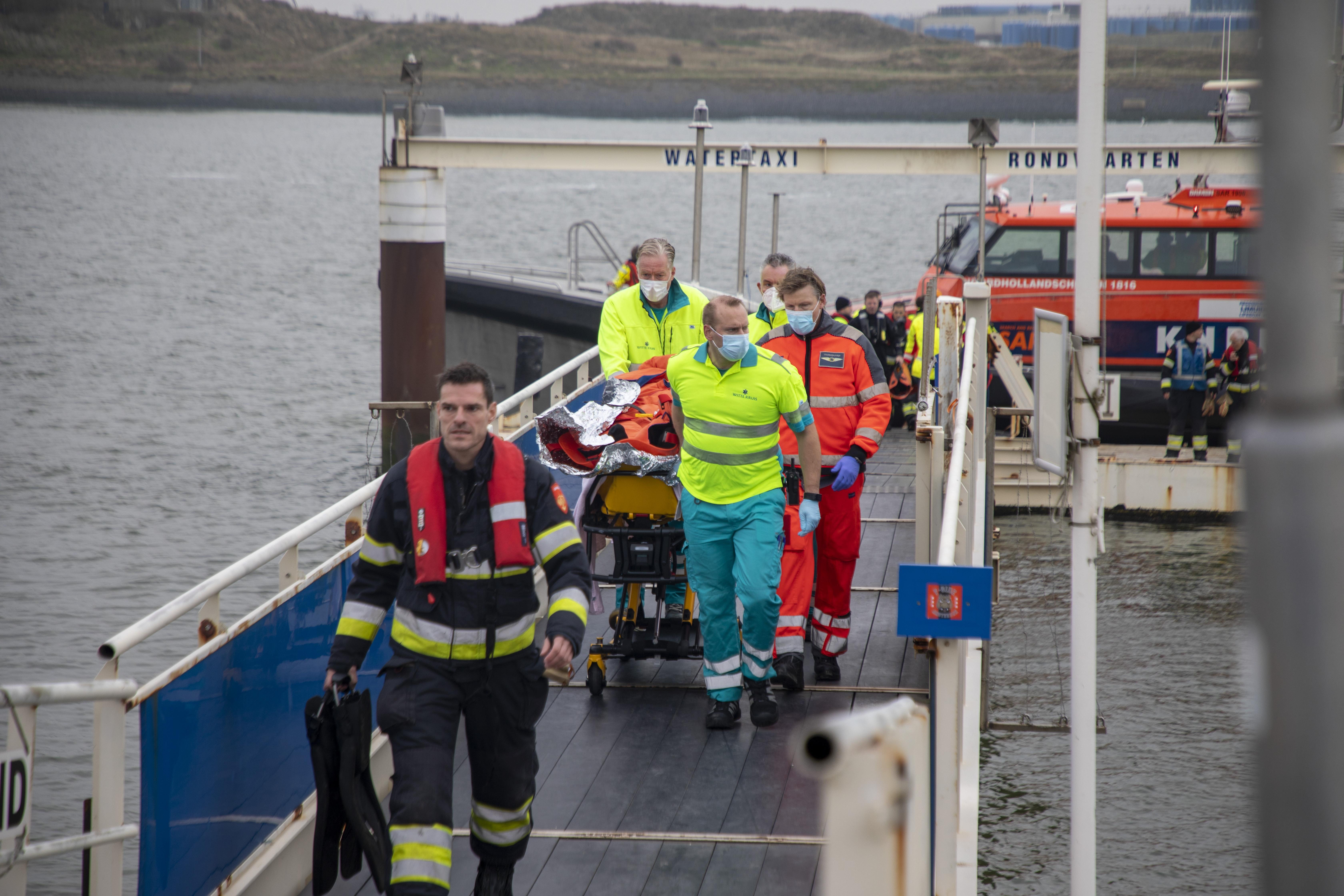 IJmuider Reddingsbrigade dringt opnieuw aan op veiligheidshek bij Noordpier, na zoveelste incident met te water geraakte hond én wandelaar