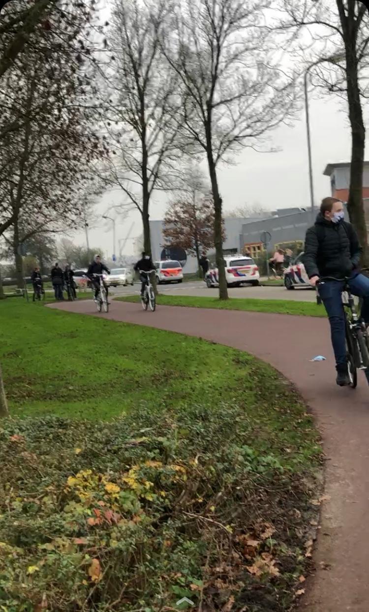 Vijf politieauto's naar scholierenruzie in Grootebroek. Niemand aangehouden