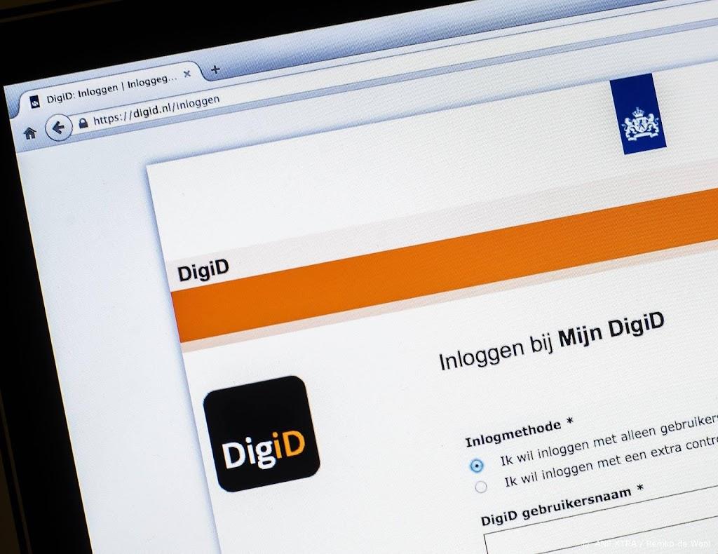Steeds meer Nederlanders regelen overheidszaken online