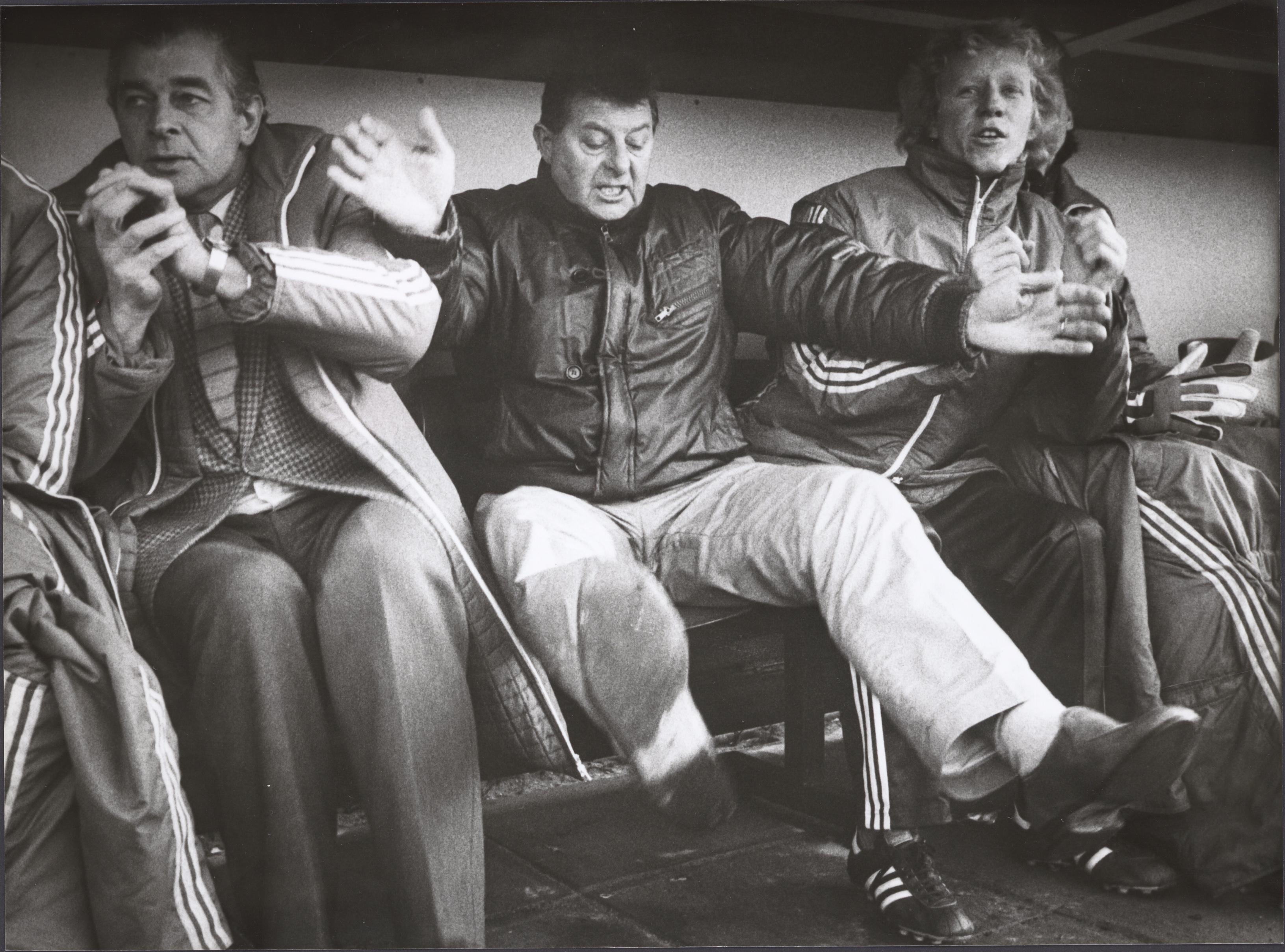 Joep Steur voetbalde in de schaduw van De Knoest. De nummer 43 in de top 50 Volendamse voetballers wordt later de eerste trainer uit eigen dorp bij Volendam [video]