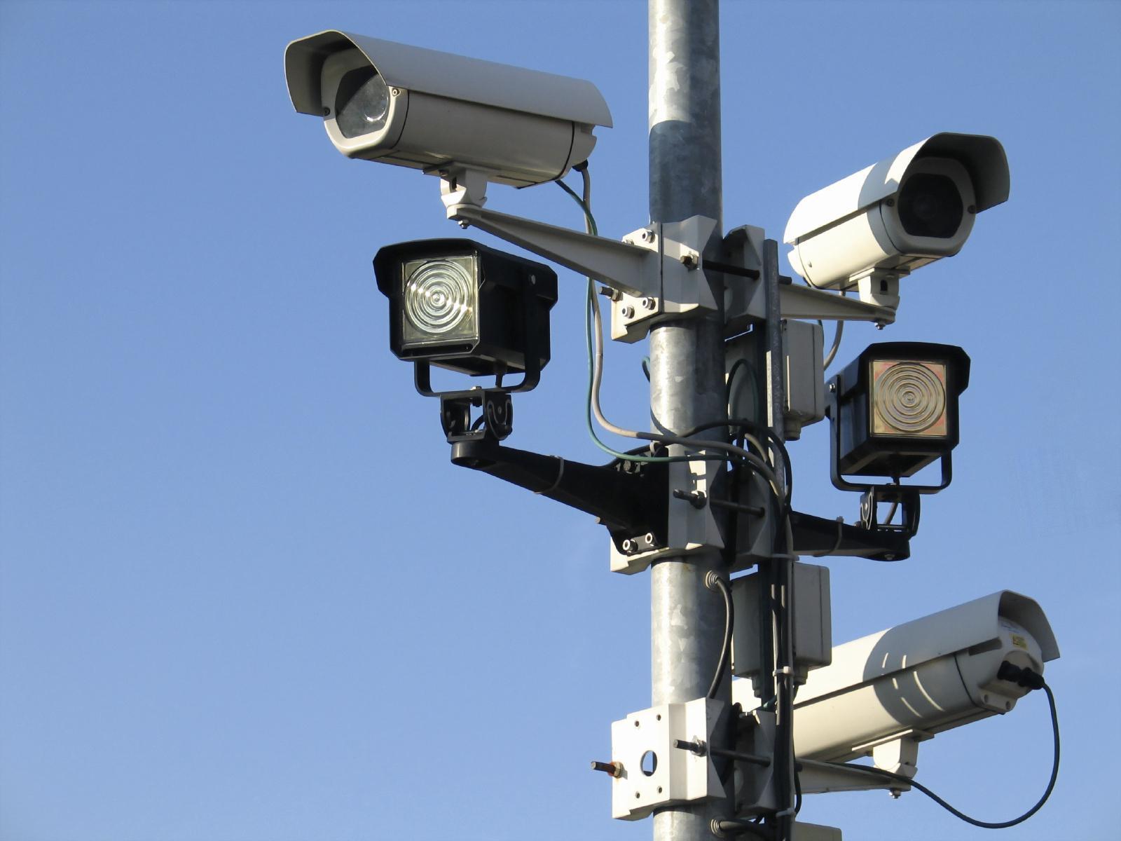 Meerdere camera's in en rondom Breestraat