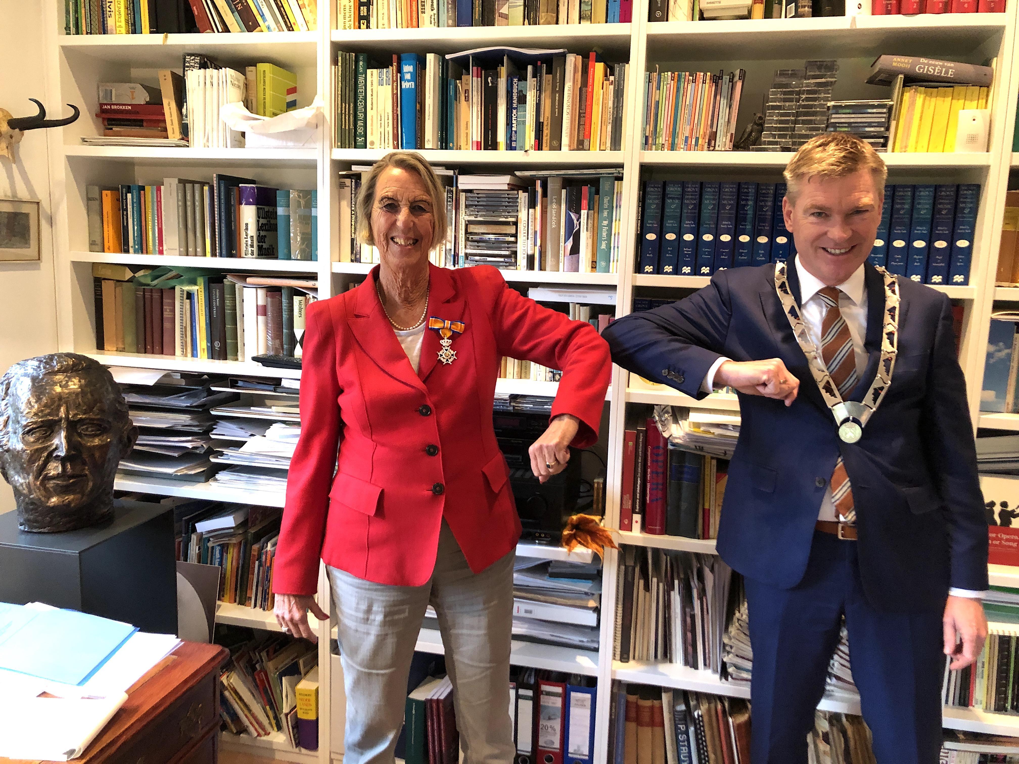 Mahler-kenner Eveline Nikkels is nu Ridder in de Orde van Oranje-Nassau
