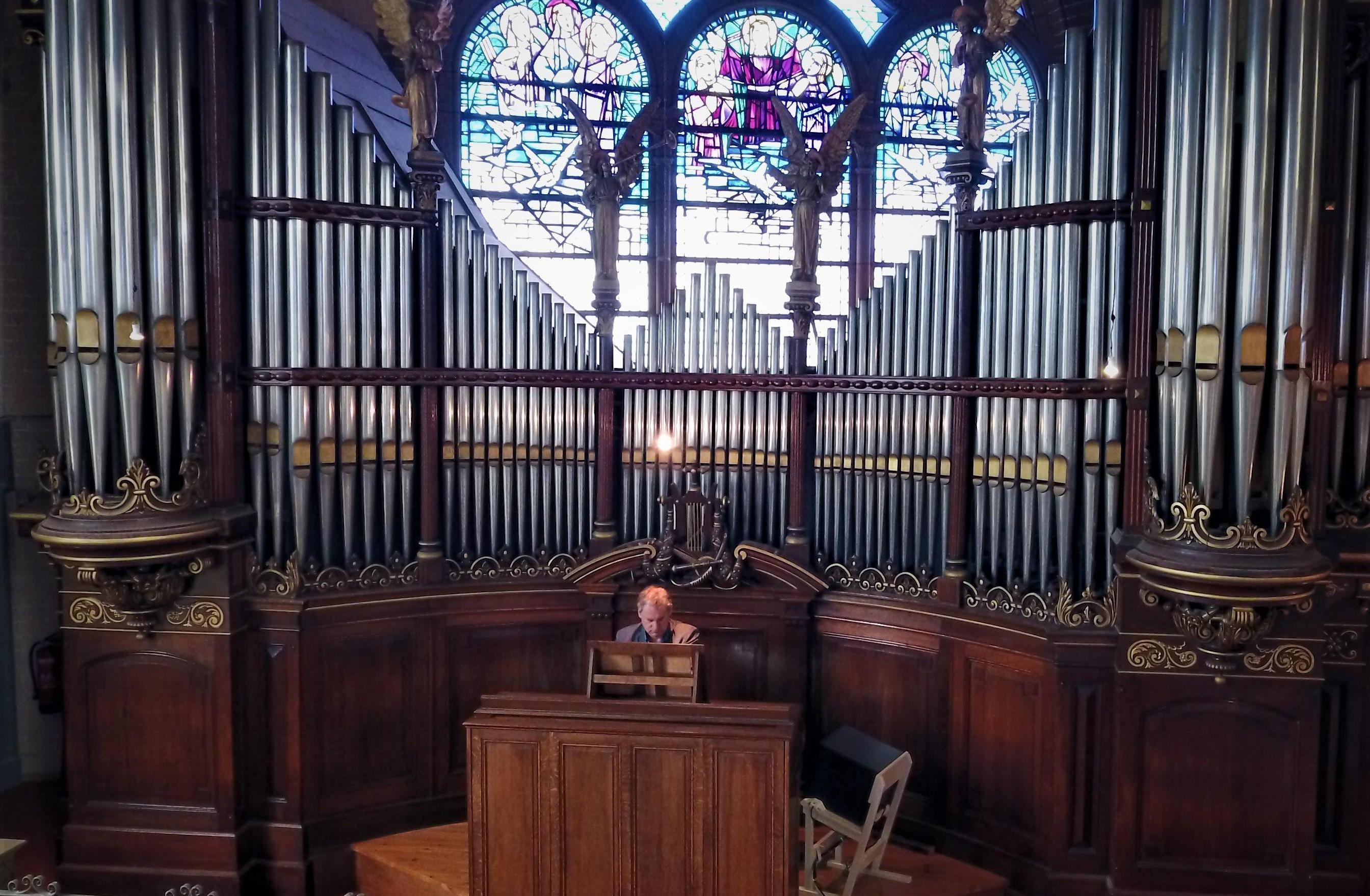 Stadsorganist Mark Heerink laat muziek componeren speciaal voor Hoornse orgels: 'Hoorn kan zich profileren als stad met orgelcultuur'