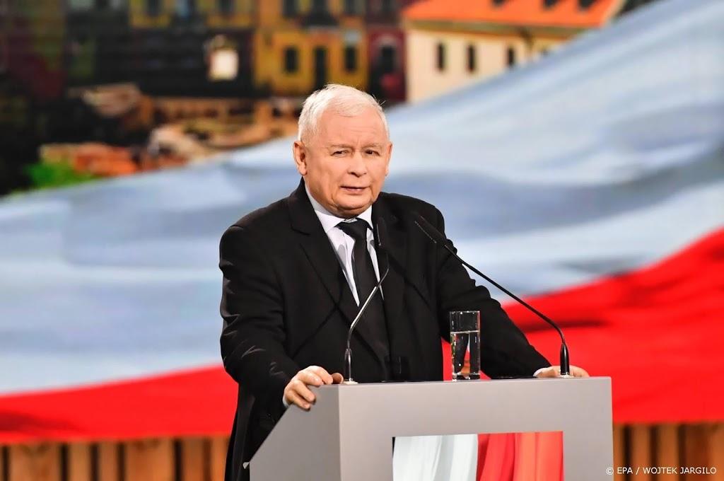 Leider Poolse regeringspartij Kaczynski neemt plaats in regering