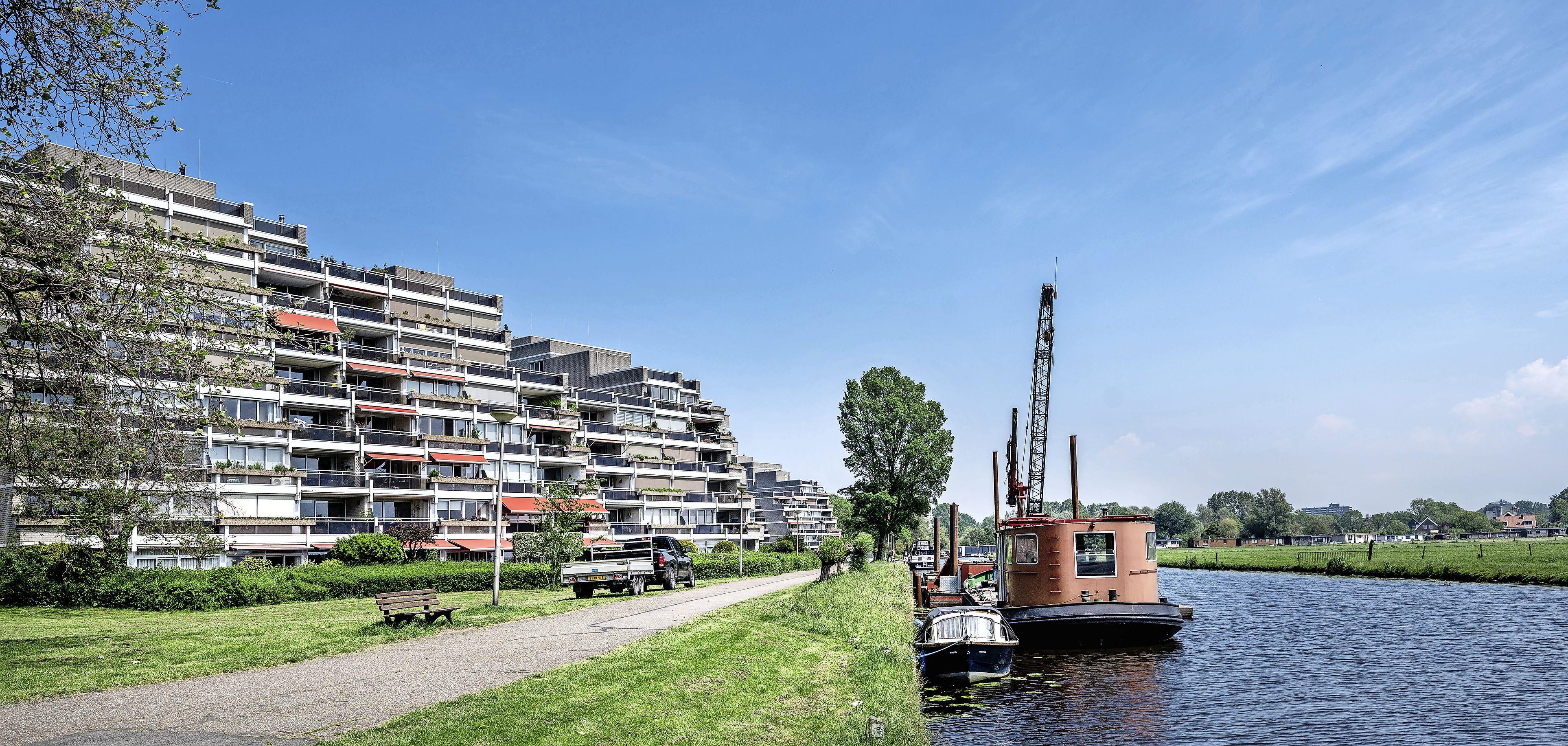 Vragen van Heemsteeds Burger Belang aan college over omstreden schip De Olifant: 'Waarom is de ligplaats niet gewoon opgezegd?'