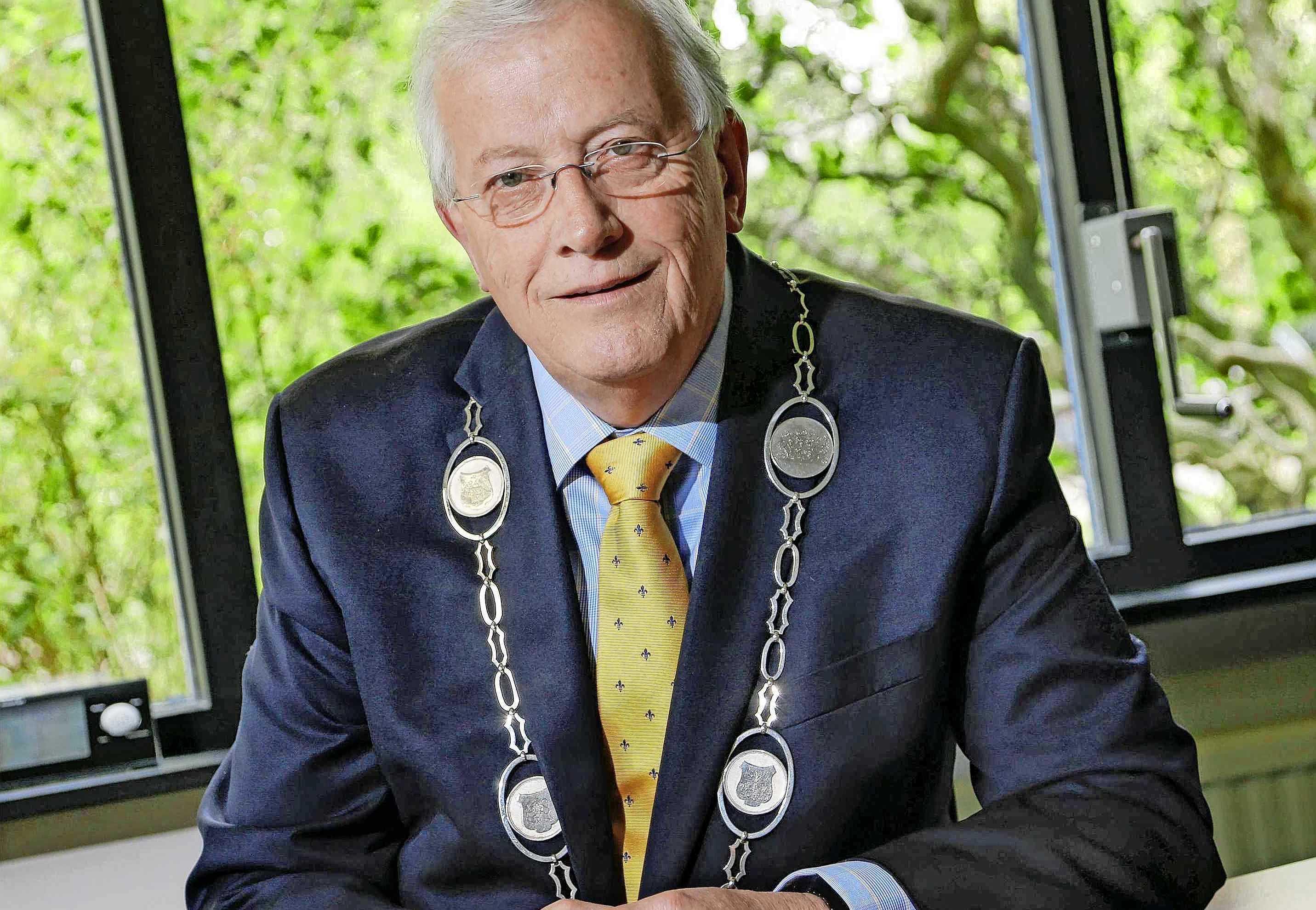 Burgemeester GertJan Nijpels van Opmeer in het harnas gestorven