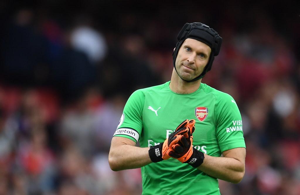 Petr Cech 100% bắt chính trước Chelsea