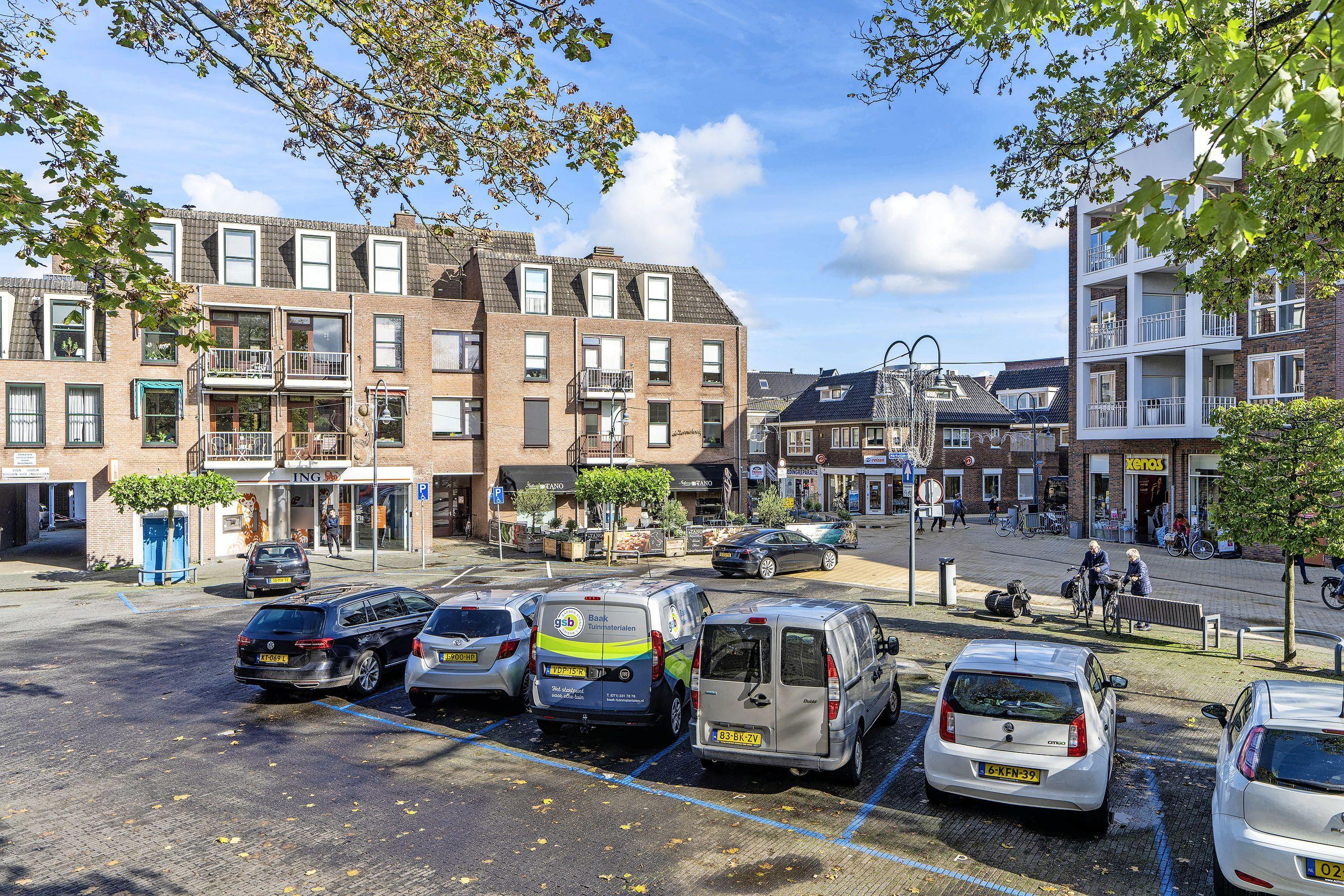 Geen parkeerkelder op Hortusplein, wel minder plekken op Kerkplein in Sassenheim